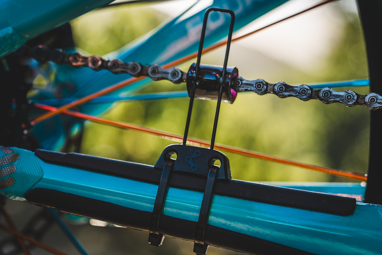 Bike Check with the 2018 Pre-Production Knolly Fugitive Enduro Mountain Bike