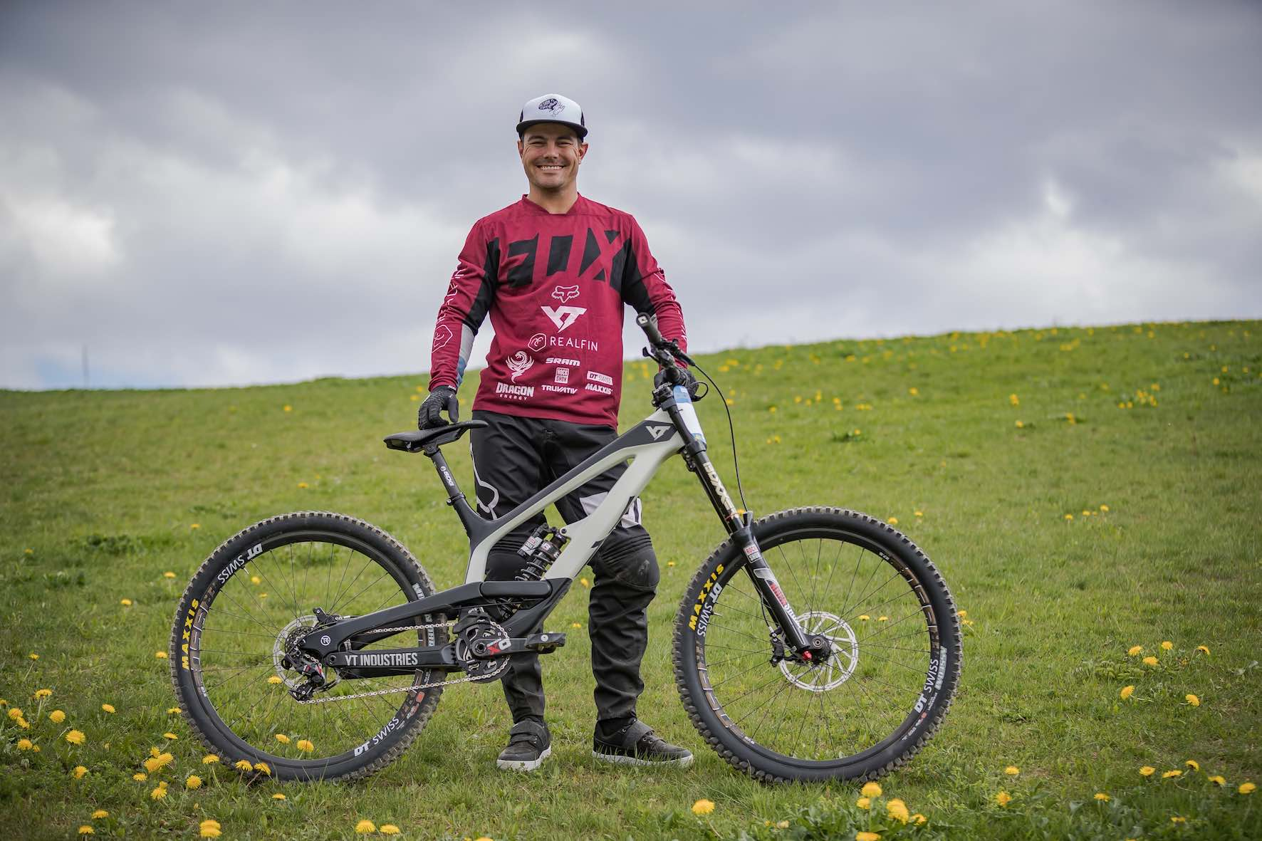 Johann Potgieter 2018 YT Industries TUES Bike Check feature