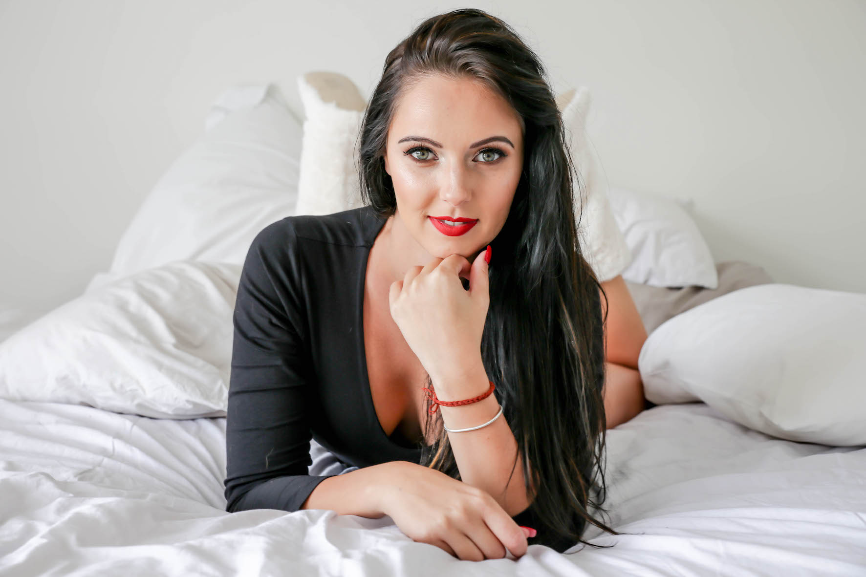Our South African Babes feature with Vianda van Deventer