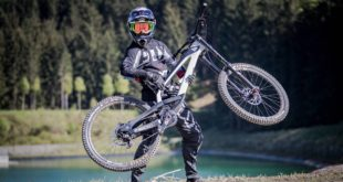 Johann Potgieter is currently riding/ racing the new 2018 YT Industries TUES Downhill bike. We catch up with Pottie to get some inside info on the new TUES, his racing and more.