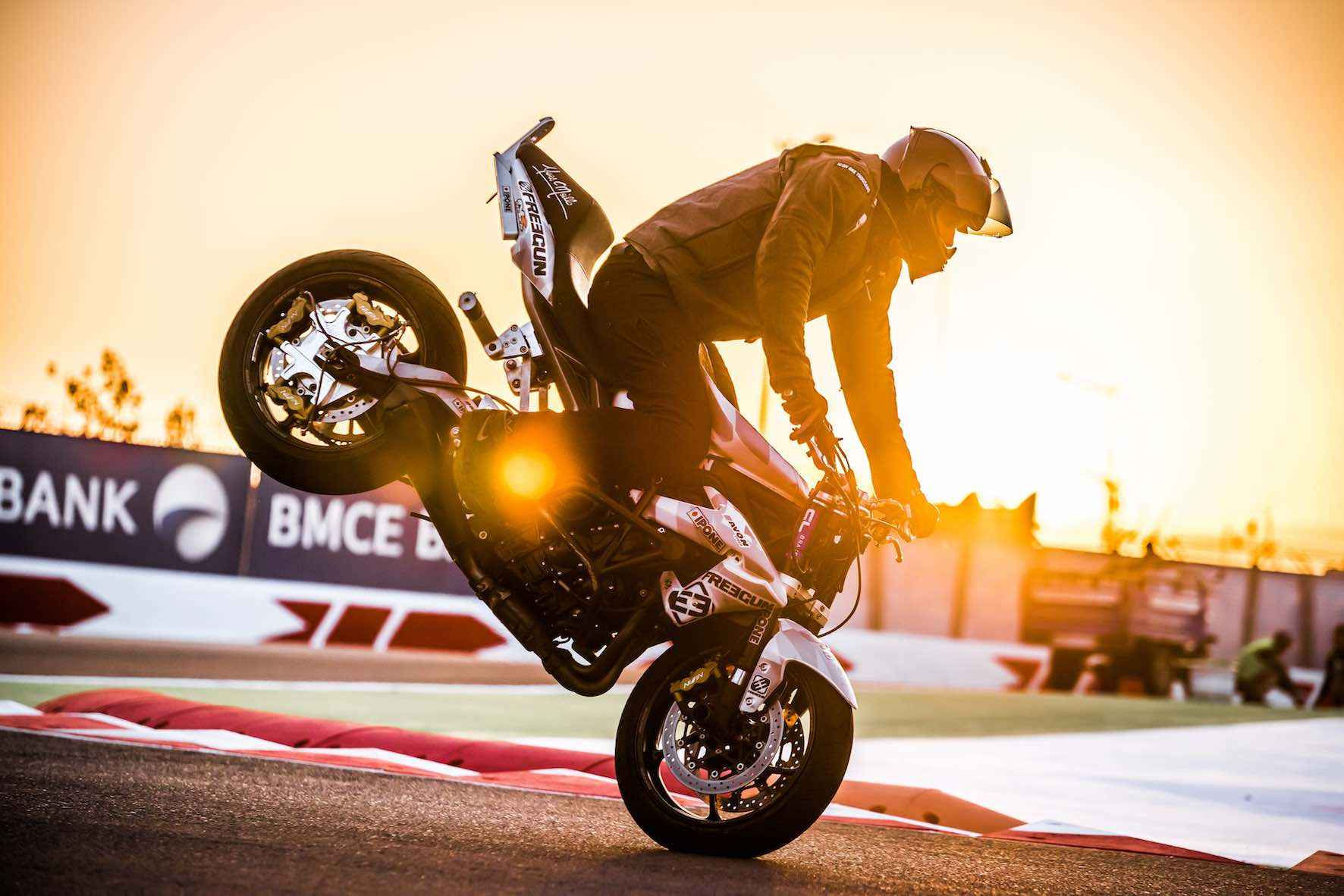 Back by popular demand – South Africa Bike Festival visitors can expect to see explosive freestyle performances per day from international Stunt & Wheelie Champion, Julien Welsch.