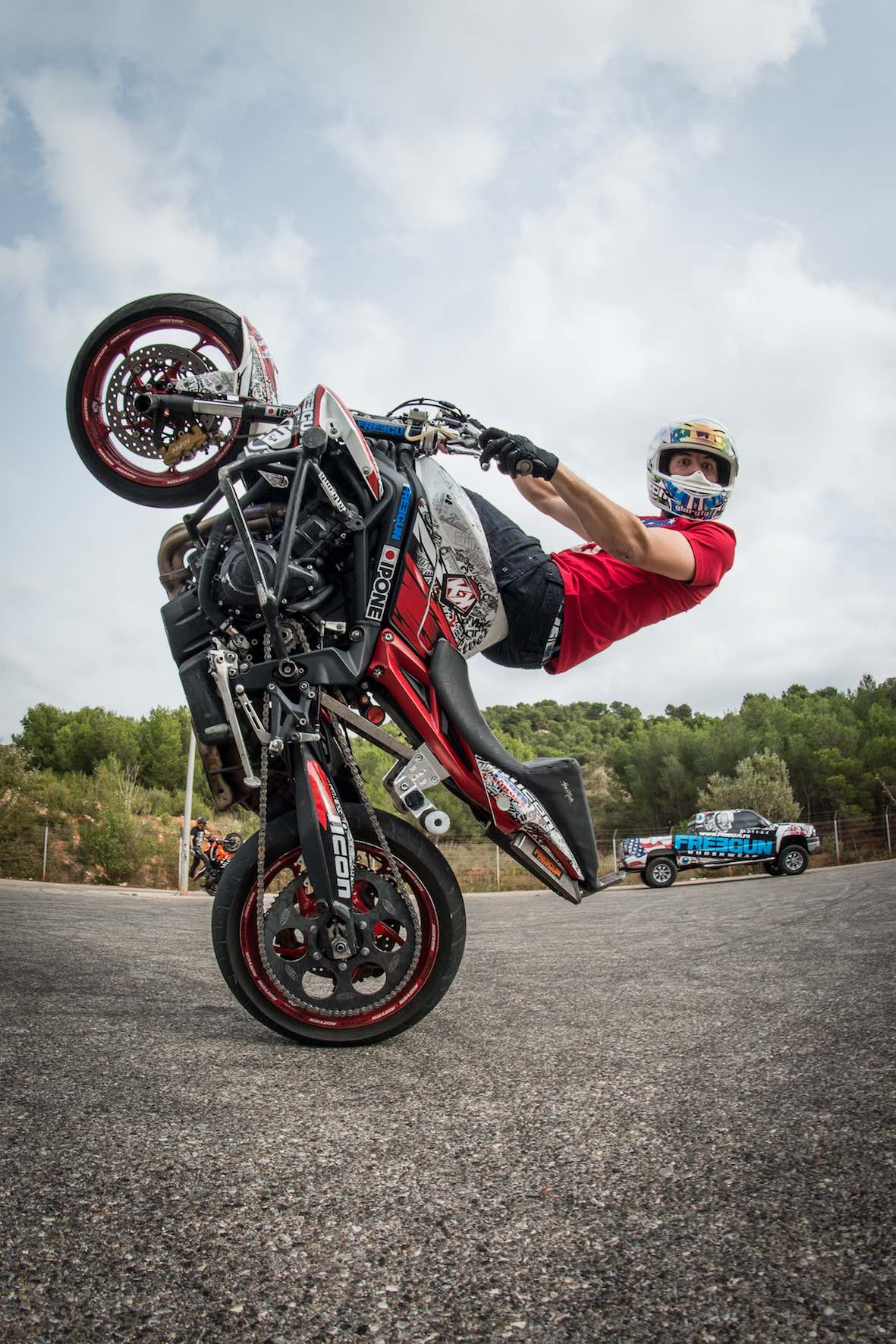 2018 SA Bike Fest visitors can expect to see explosive freestyle performances per day from international Stunt & Wheelie Champion, Julien Welsch.