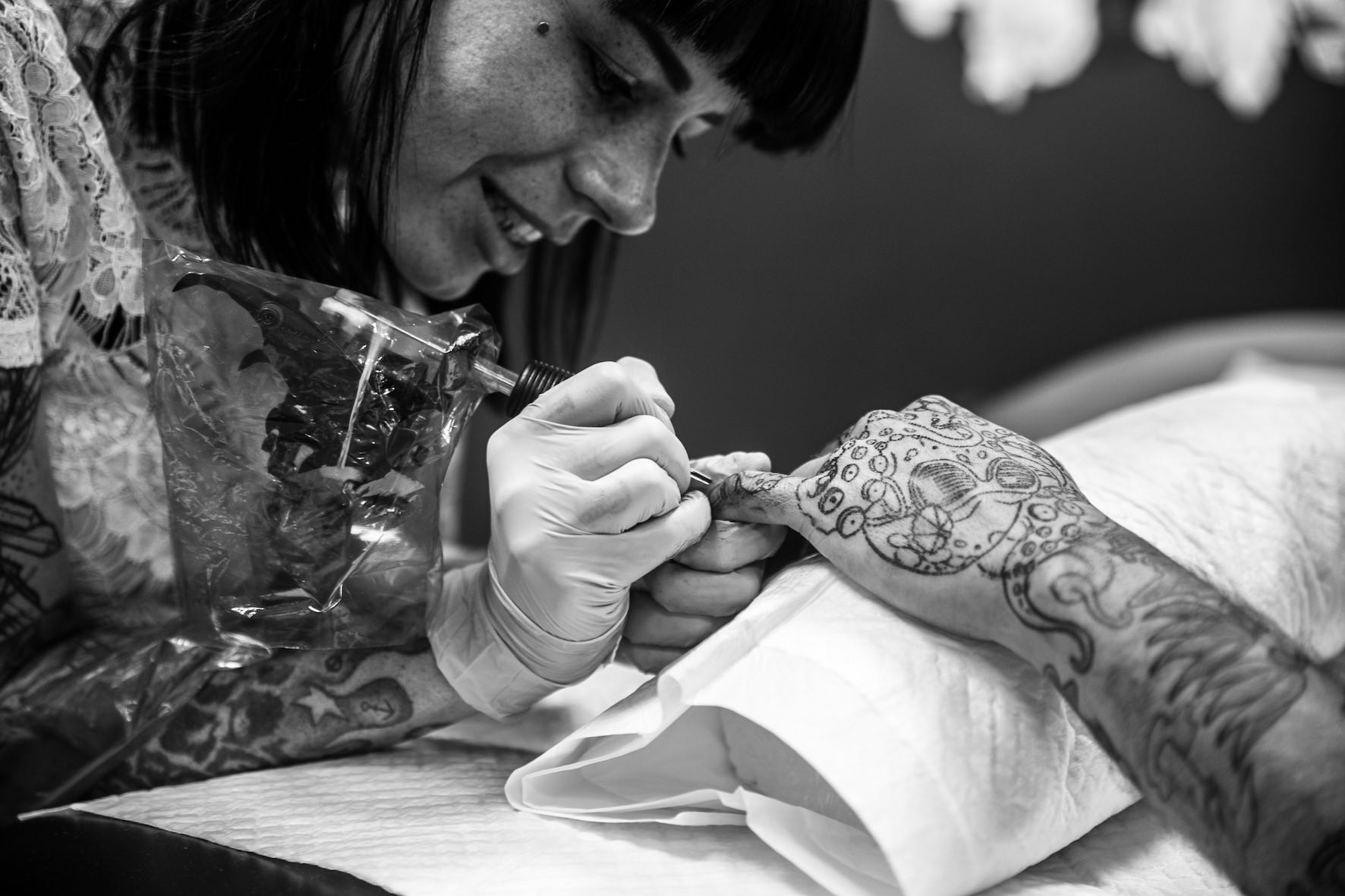 Chelsea-Rae Marsh tattooing one of her clients