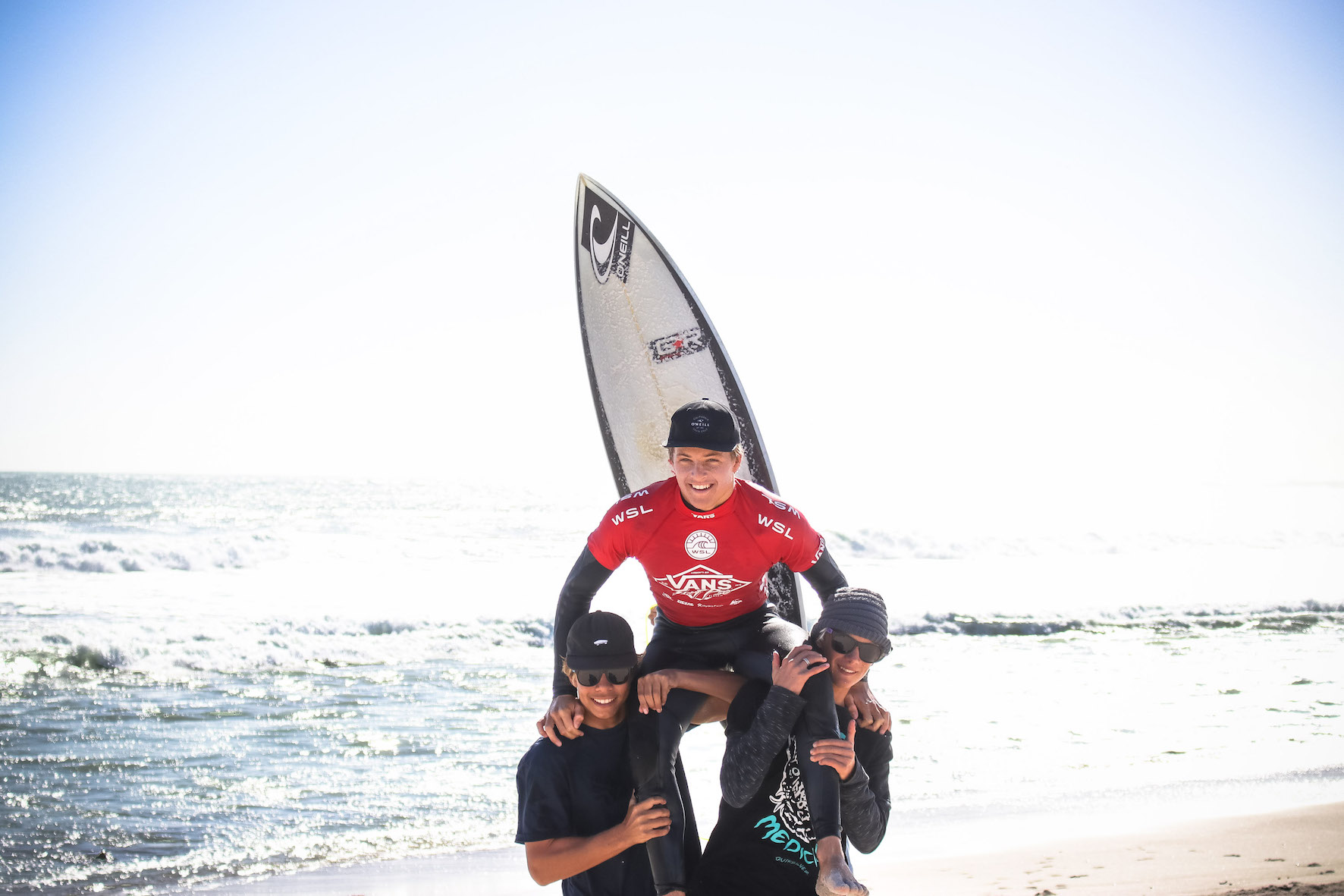 Eli Beukes claims victory at the 2018 Vans Surf Pro