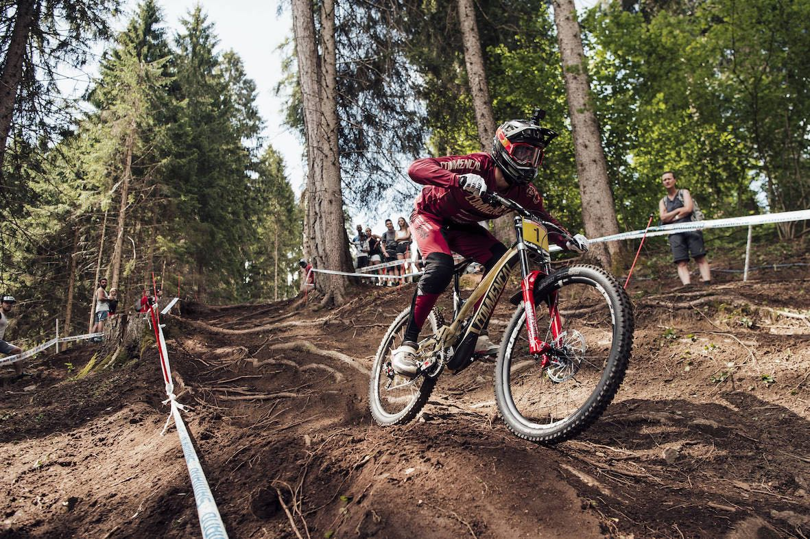 Amaury Pierron racing his wat to victory at the 2018 Downhill MTB World Cup