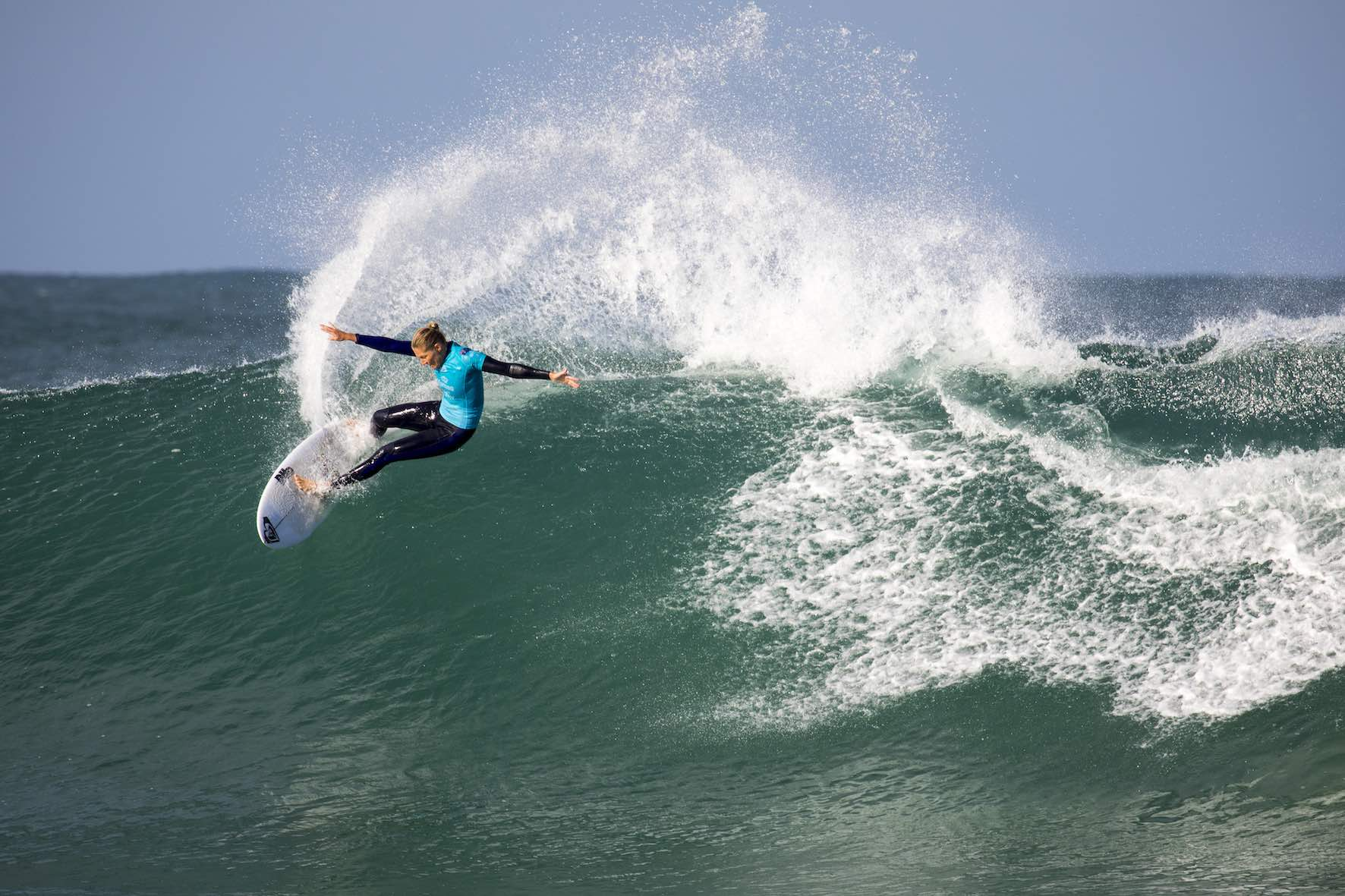 Stephanie Gilmore surfing her way to victory at the 2018 Corona Open J-Bay