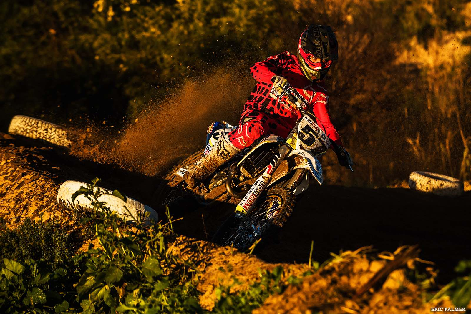Maddy Malan racing in the MX Nationals in Cape Town