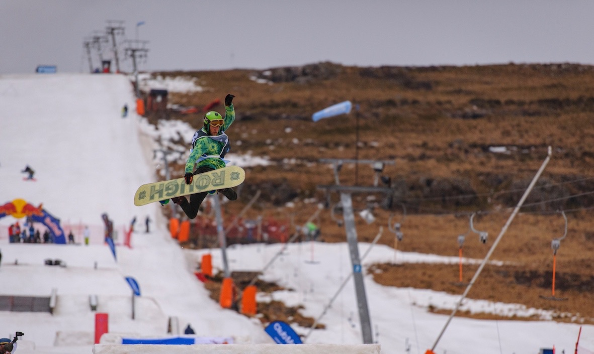 Damien Laird wins the Open Mens division at the 2018 Ultimate Ears Winter Whip