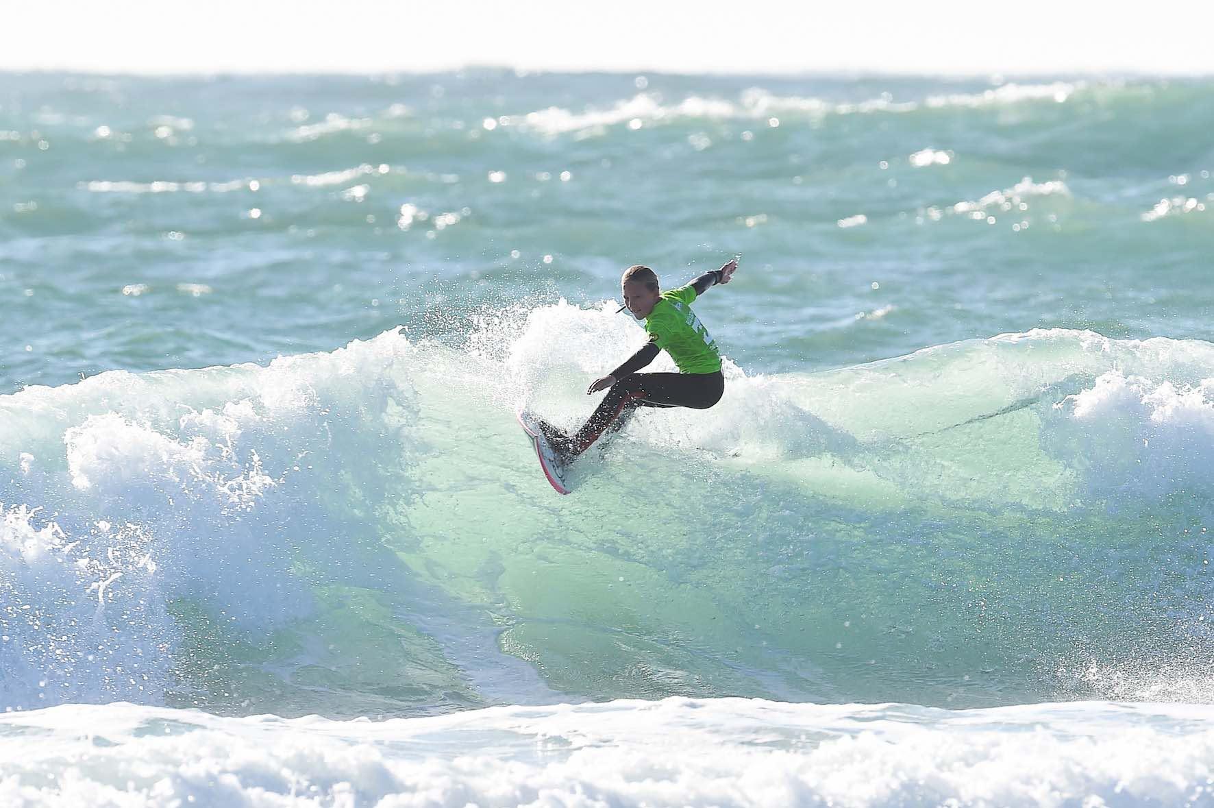 Gabi Herbst surfing in the 2018 Billabong Junior Series finale