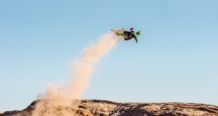 Big hits, big whips and pure style - all that can be expected from a Axell Hodges freeride motocross edit. Hodges and friends head to Ocotillo Wells to tear it up on their desert toys in Deserted.