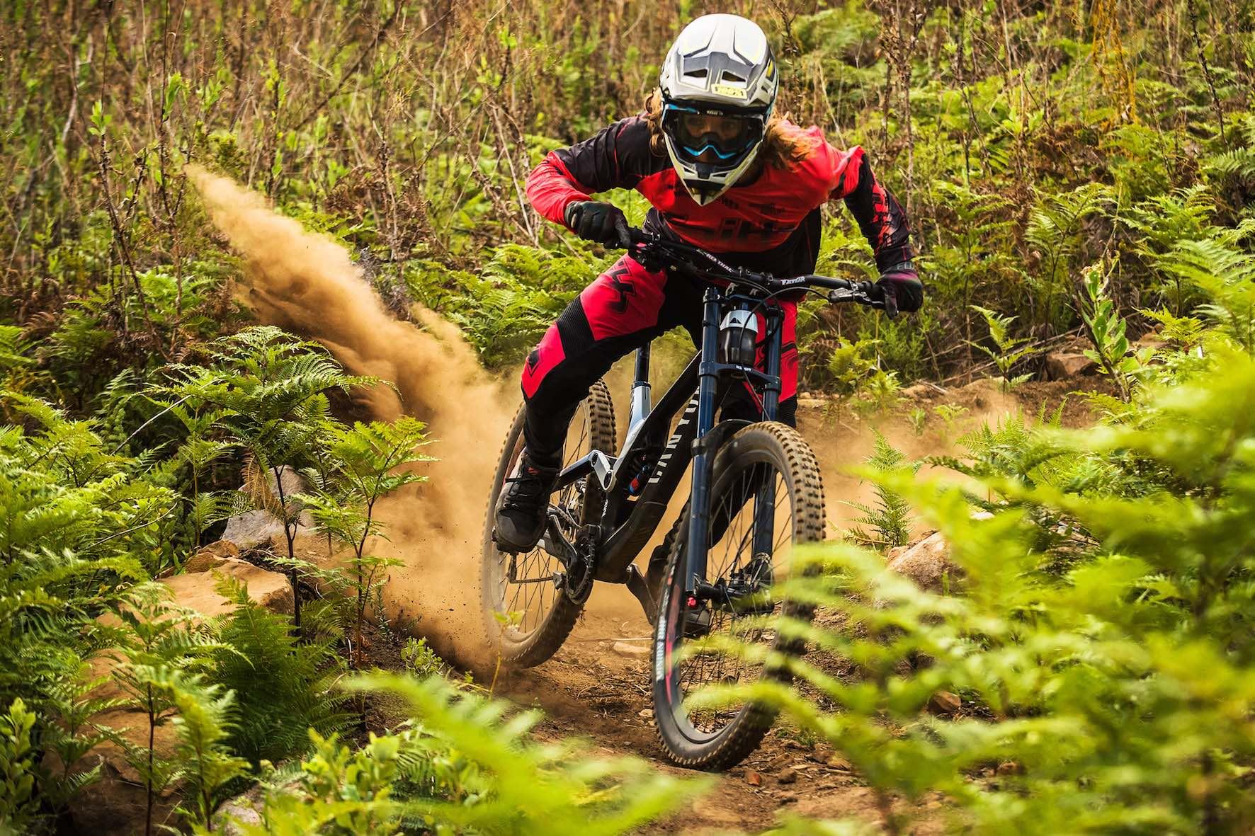 Jasper Barrett riding the Hellsend Dirt Compound flow line