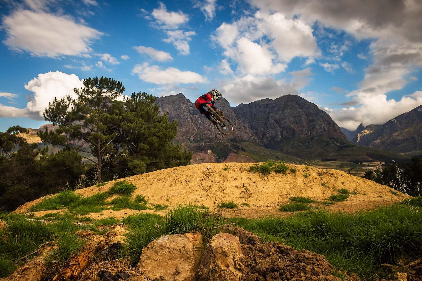 Downhill MTB with 17 year old, Jasper Barrett