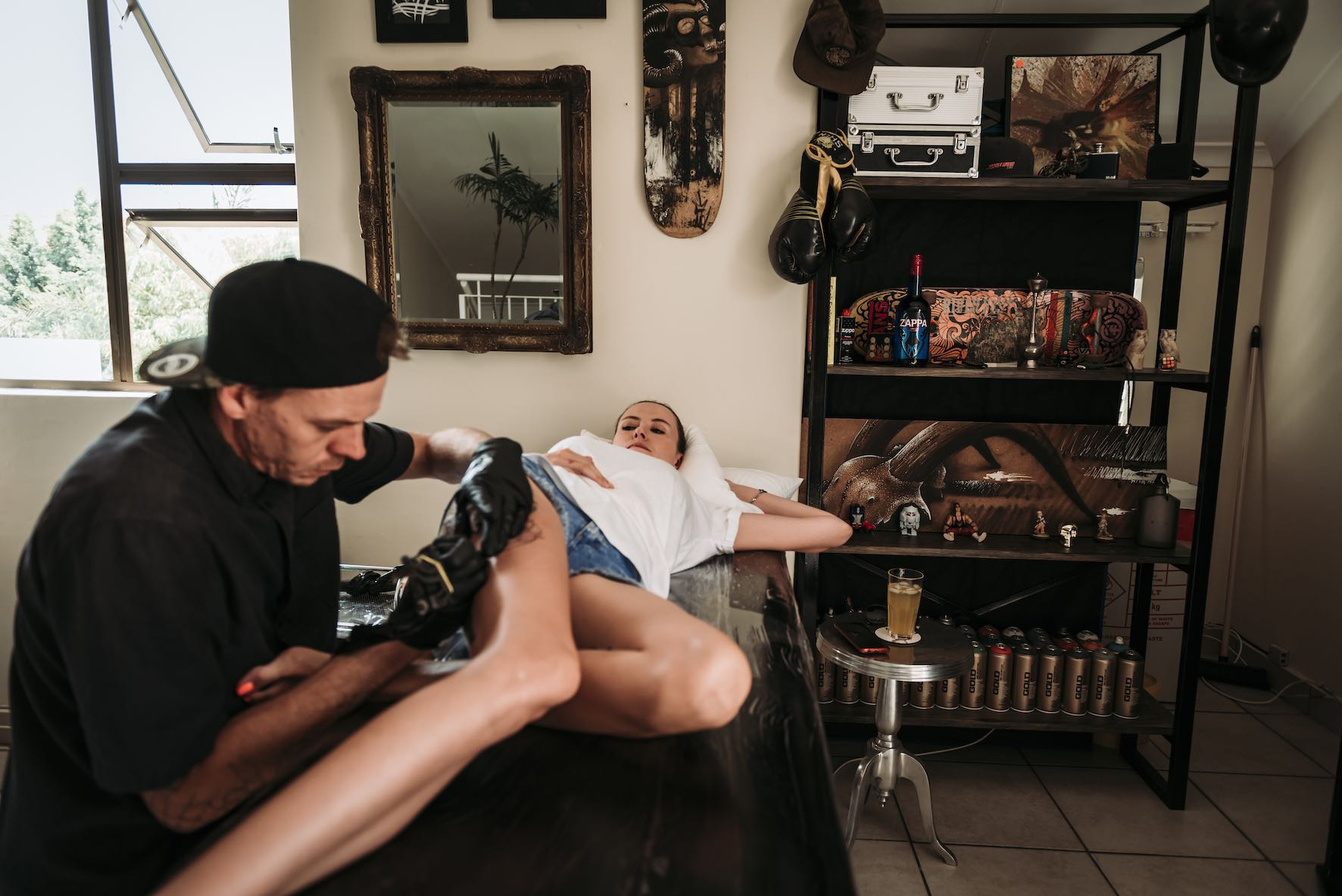 Christo Kleynhans tattooing one of his clients at Stay Gold tattoo Co