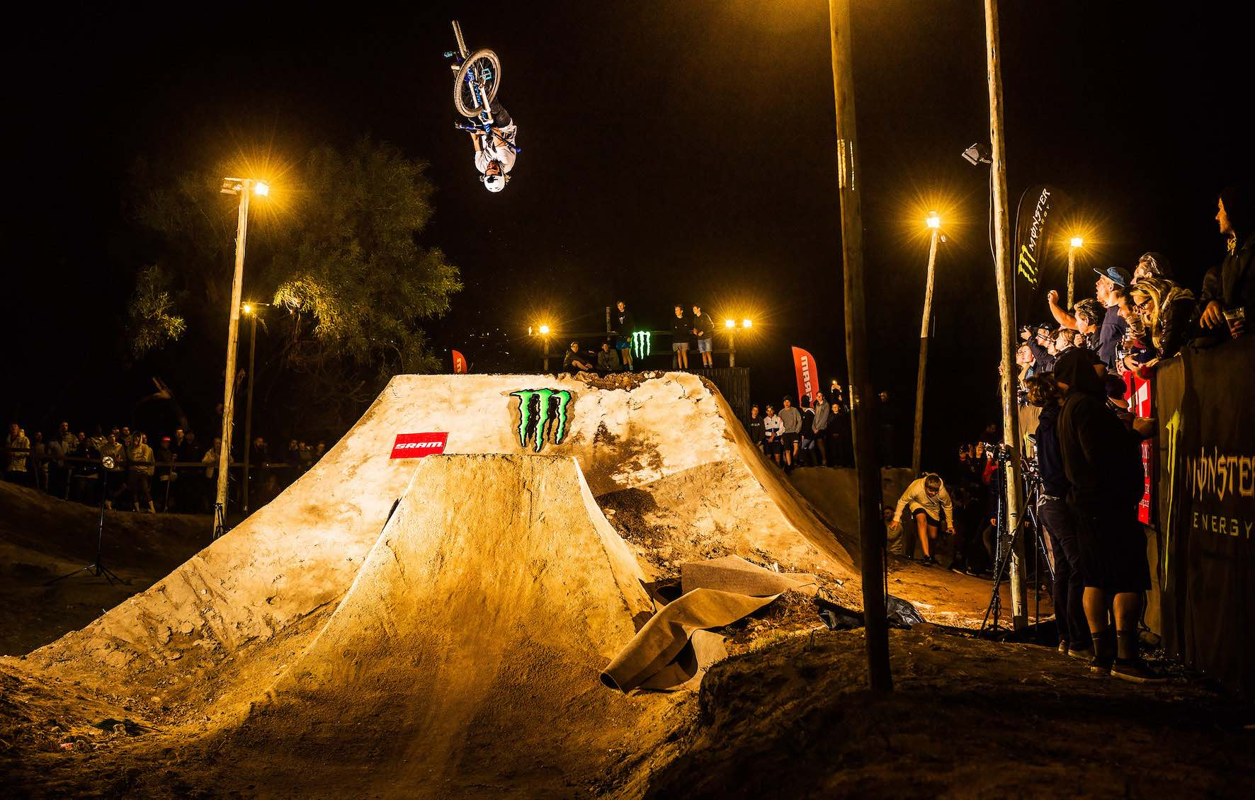 Tomas Zedja taking 3rd place in The Night Harvest 2019 MTB dirt jump contest