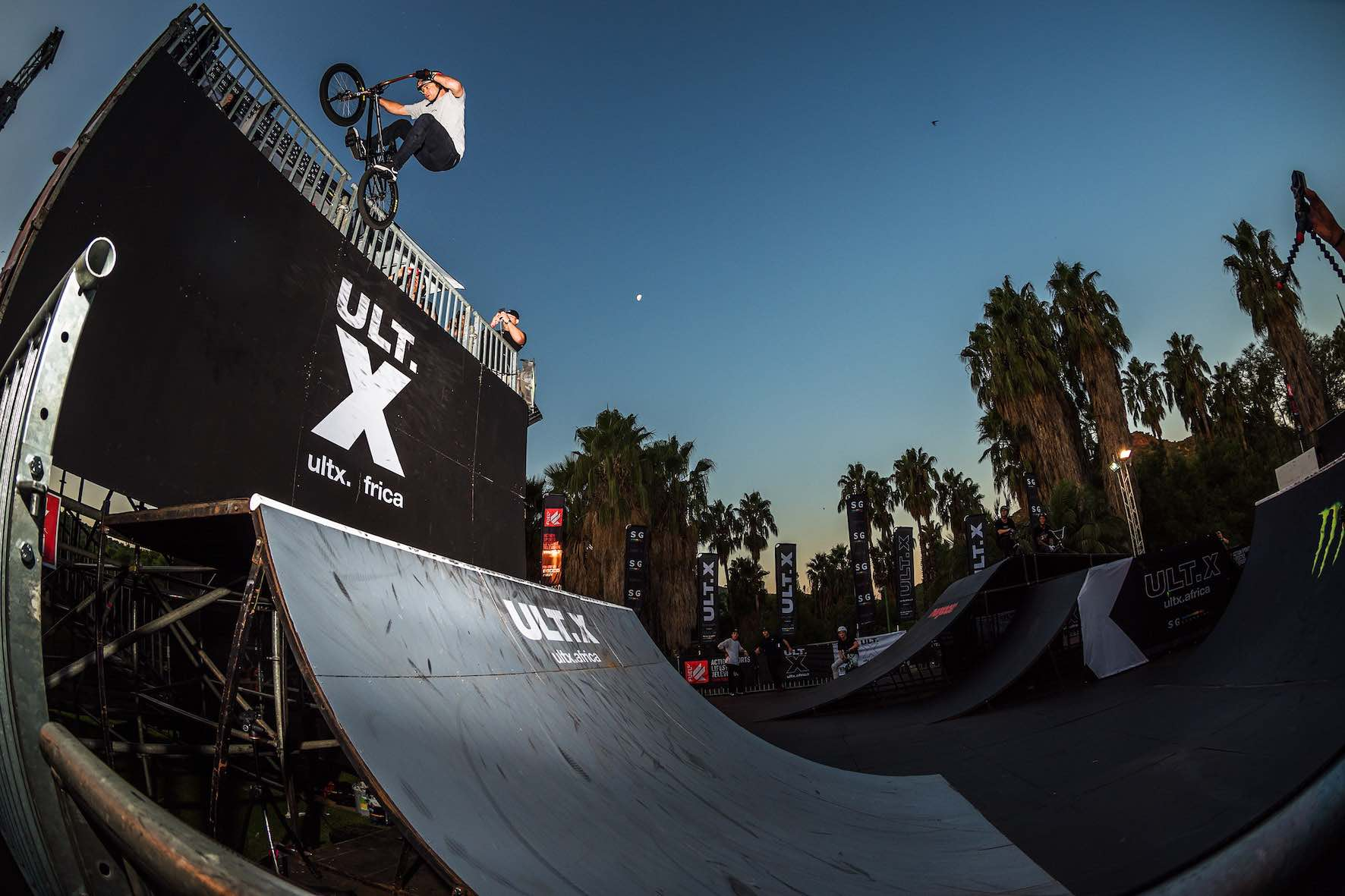Drew Bezanson's insane Ice Pick at the Ultimate X BMX Best Trick
