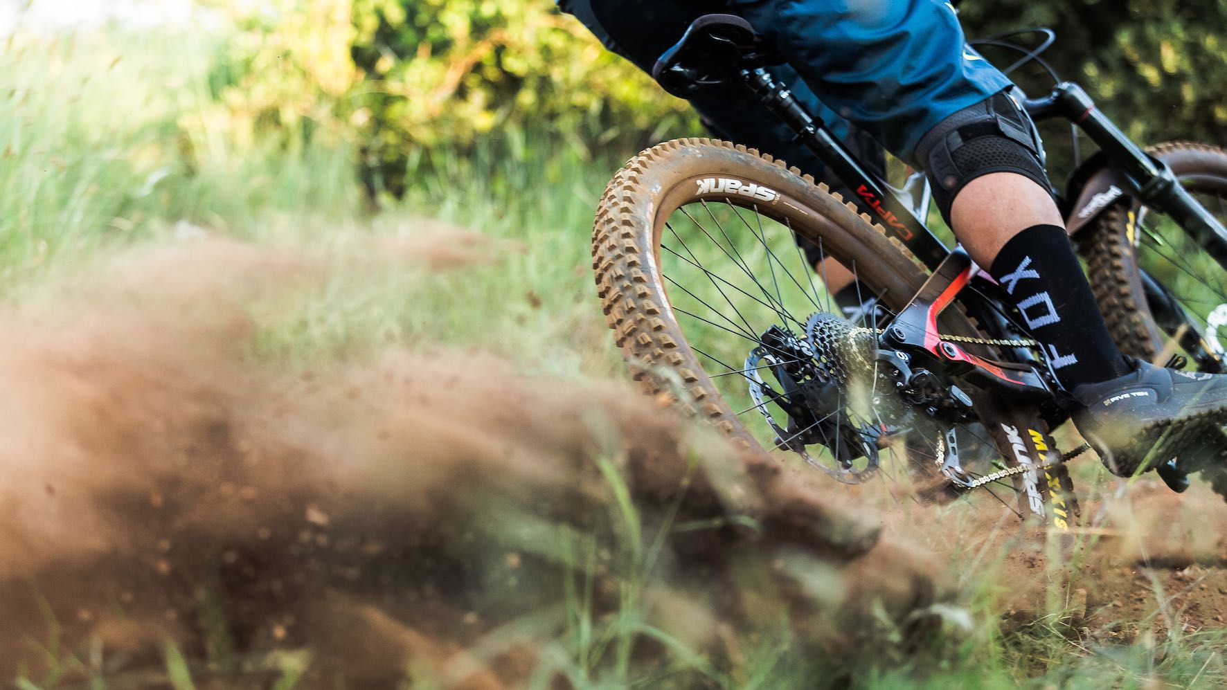 Enduro Mountain Bike riding with the new Spank 350/359 Vibrocore Tuned Wheels