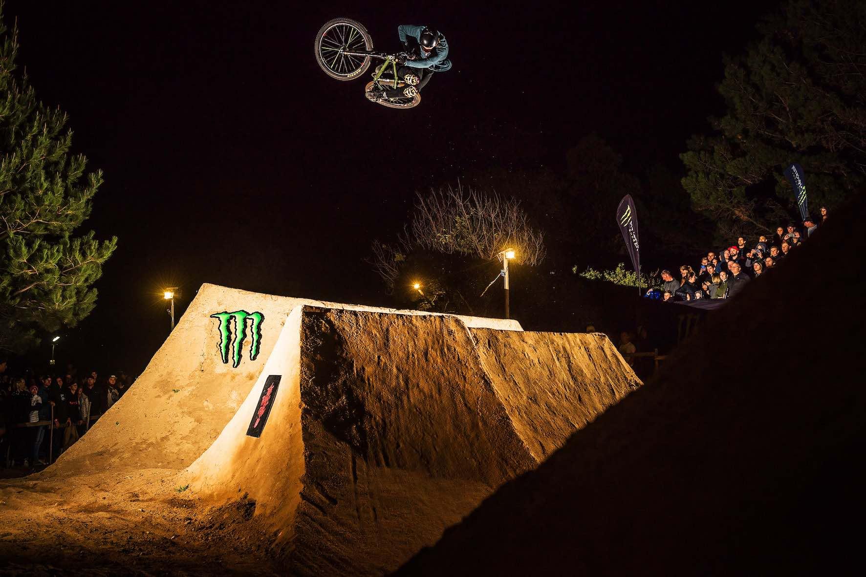 Matt Macduff taking 2nd place in The Night Harvest 2019 MTB dirt jump contest