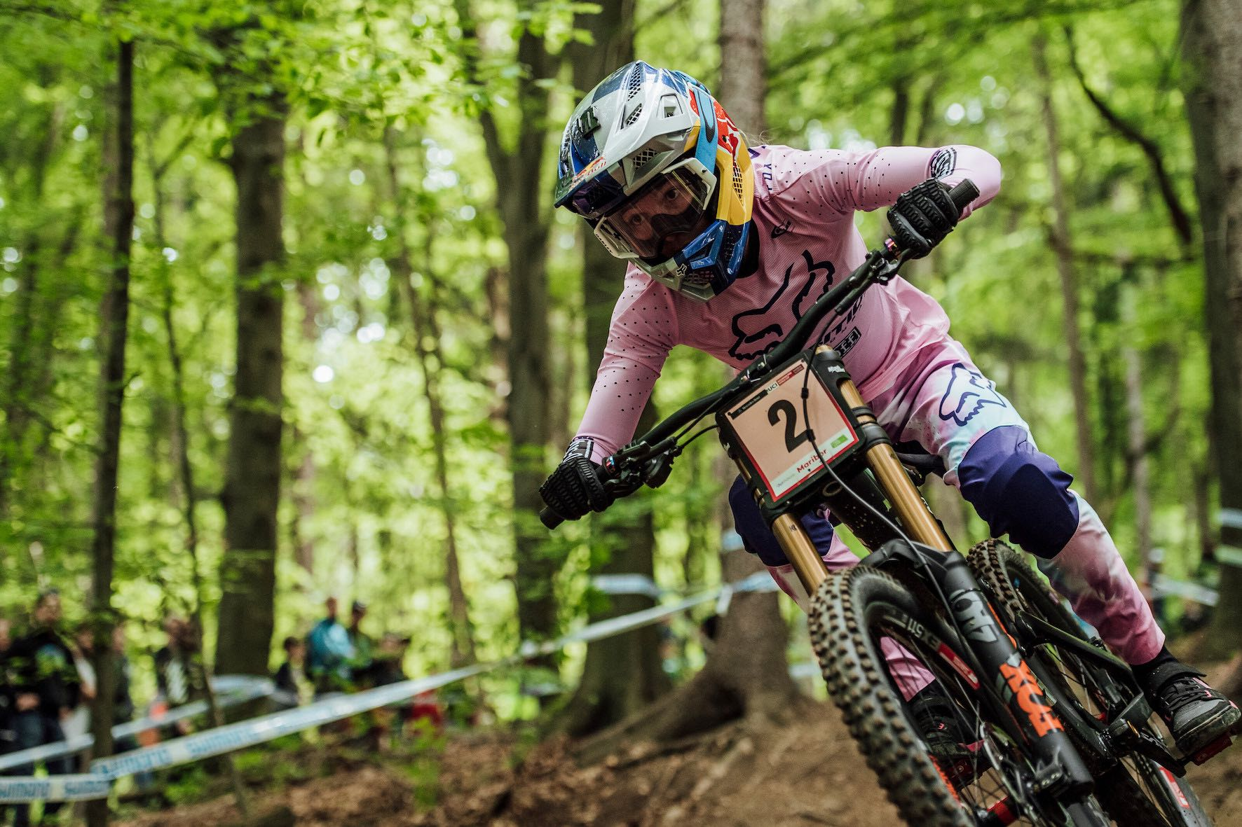 Tahnee Seagrave winning the Downhill MTB World Cup race in Maribor
