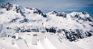 Drop into this year's insane Audi Ninessnow-park course with James Woods and Laurie Blouin.