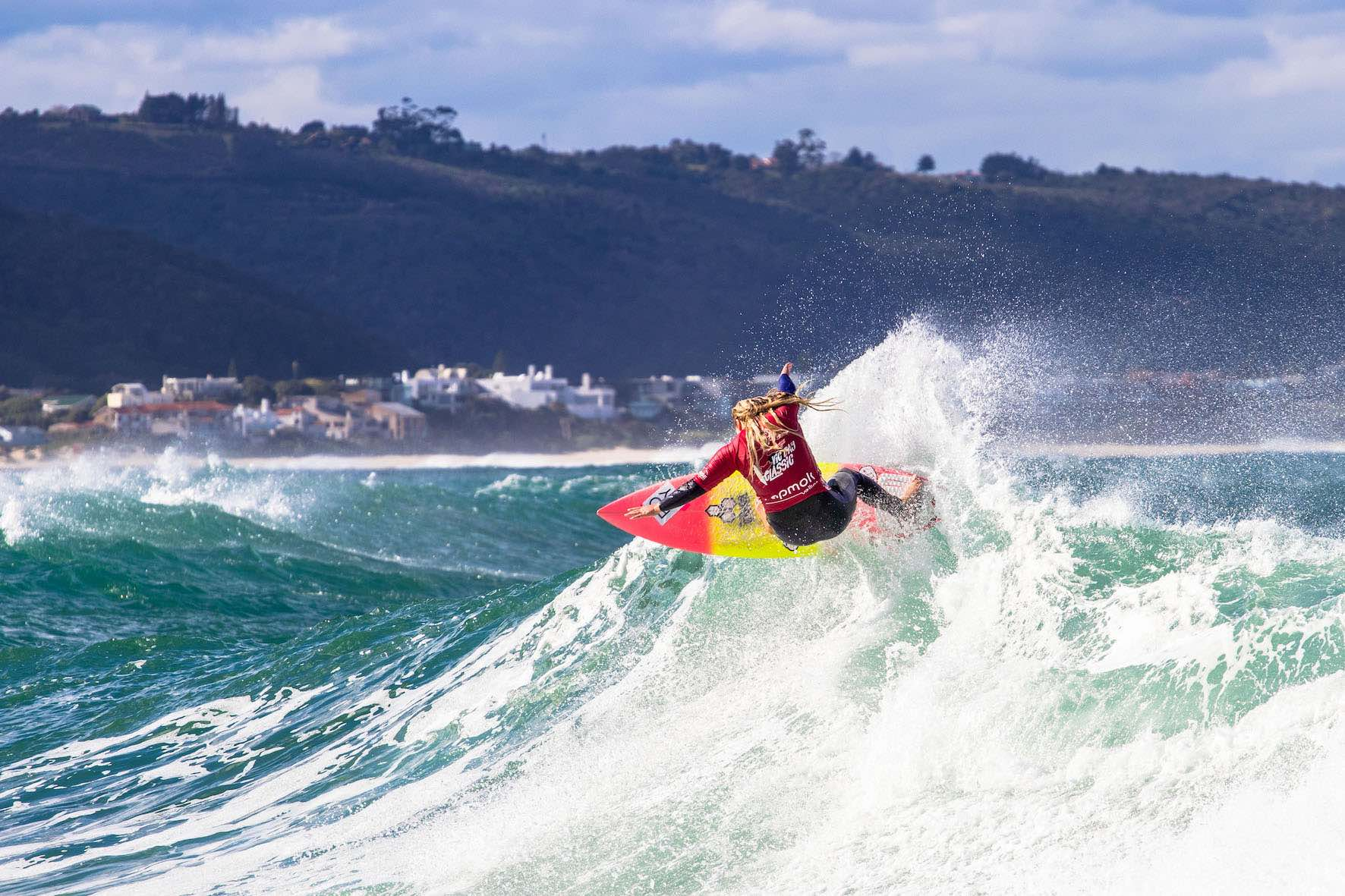 Piper Harrison surfing in the 2019 Vic Bay Classic