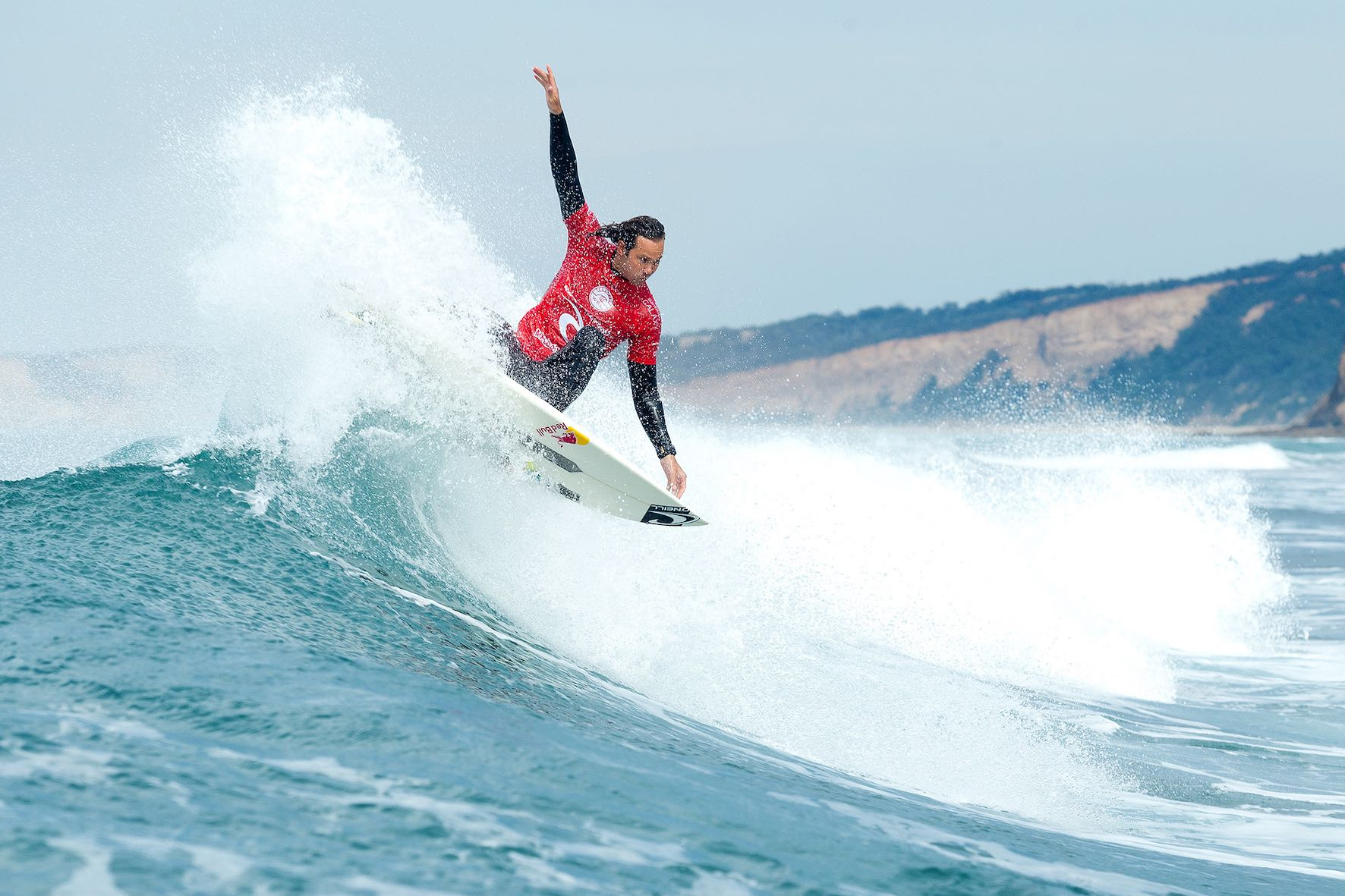 Jordy Smith winning his Round 1 heat at the Rip Curl Pro Bells Beach in Australia