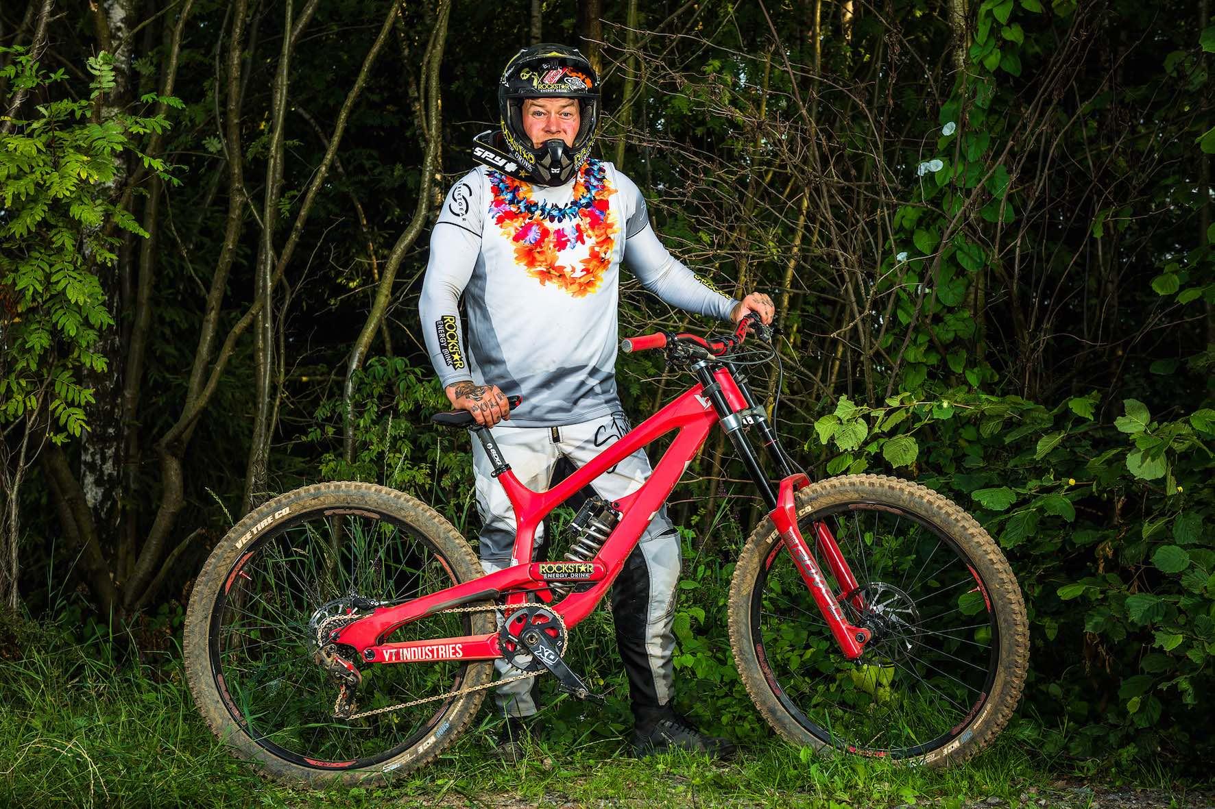 Bikes of Loosefest XL 2019 - Jordie Lunn on YT