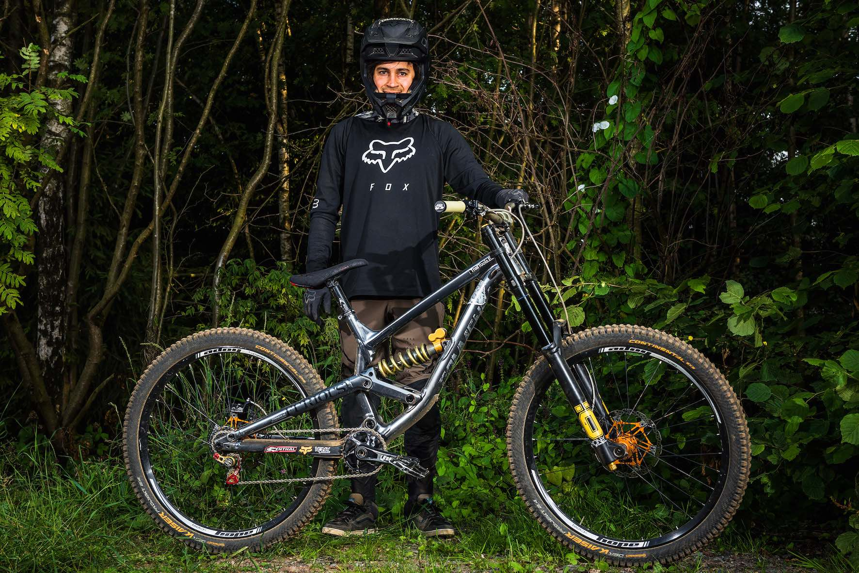 Bikes of Loosefest XL 2019 - Luis Lacondeguy on Commencal
