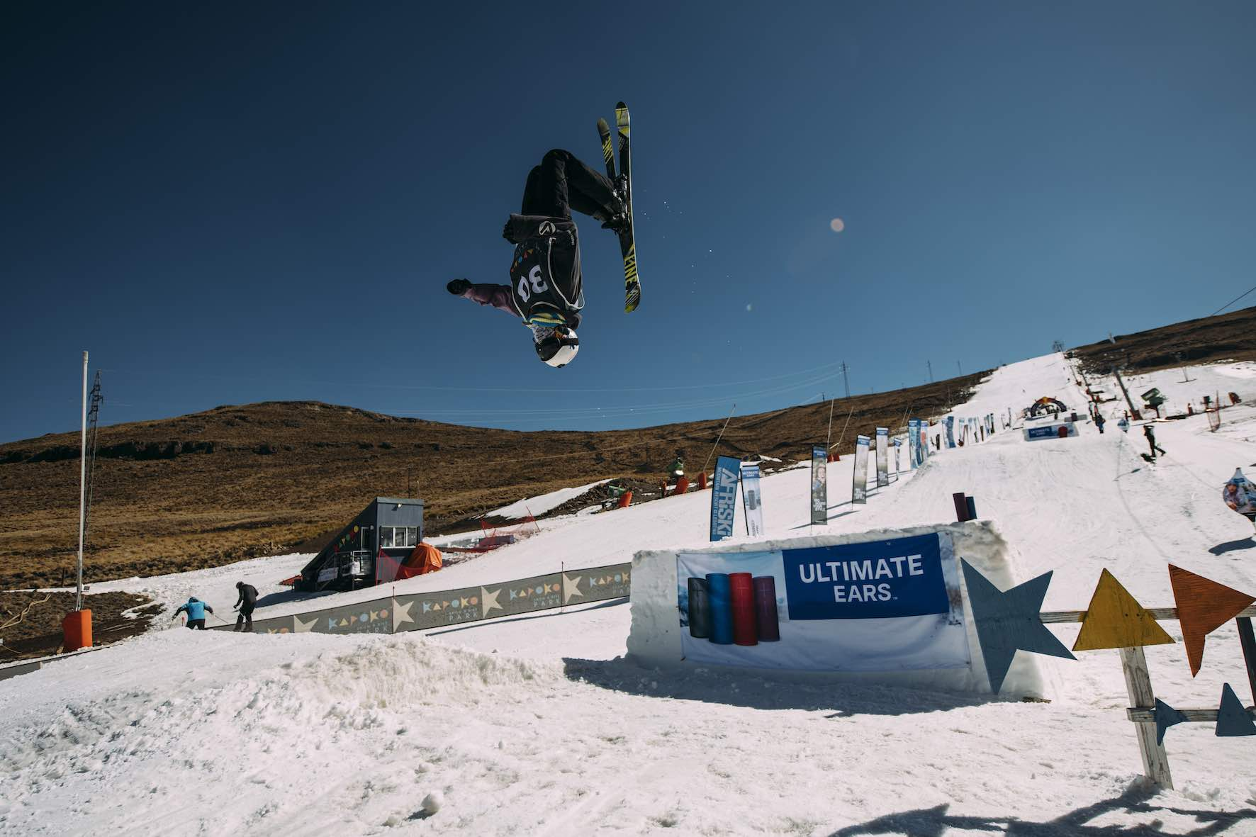 Linze Veenstra skiing in the 2019 2019 Ultimate Ears Winter Whip Snowboard and Ski Festival