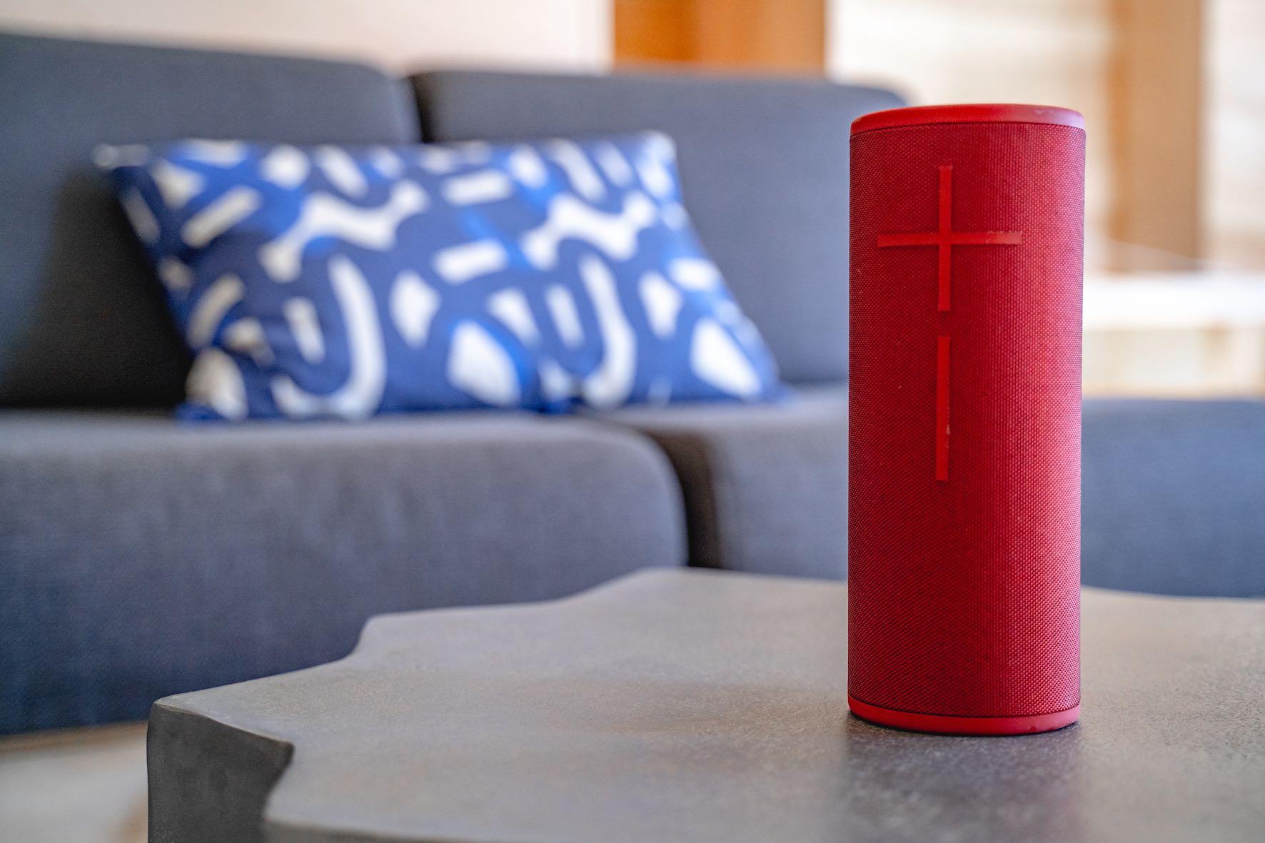 We review the Ultimate Ears MEGABOOM 3 Wireless Speaker