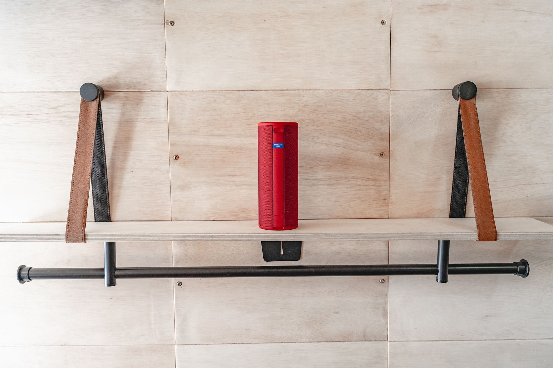 Introducing the awesome Ultimate Ears MEGABOOM 3 Wireless Speaker
