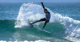 Bryce du Preez surfing in the 2019 Sea Harvest South African Junior Surfing Championships