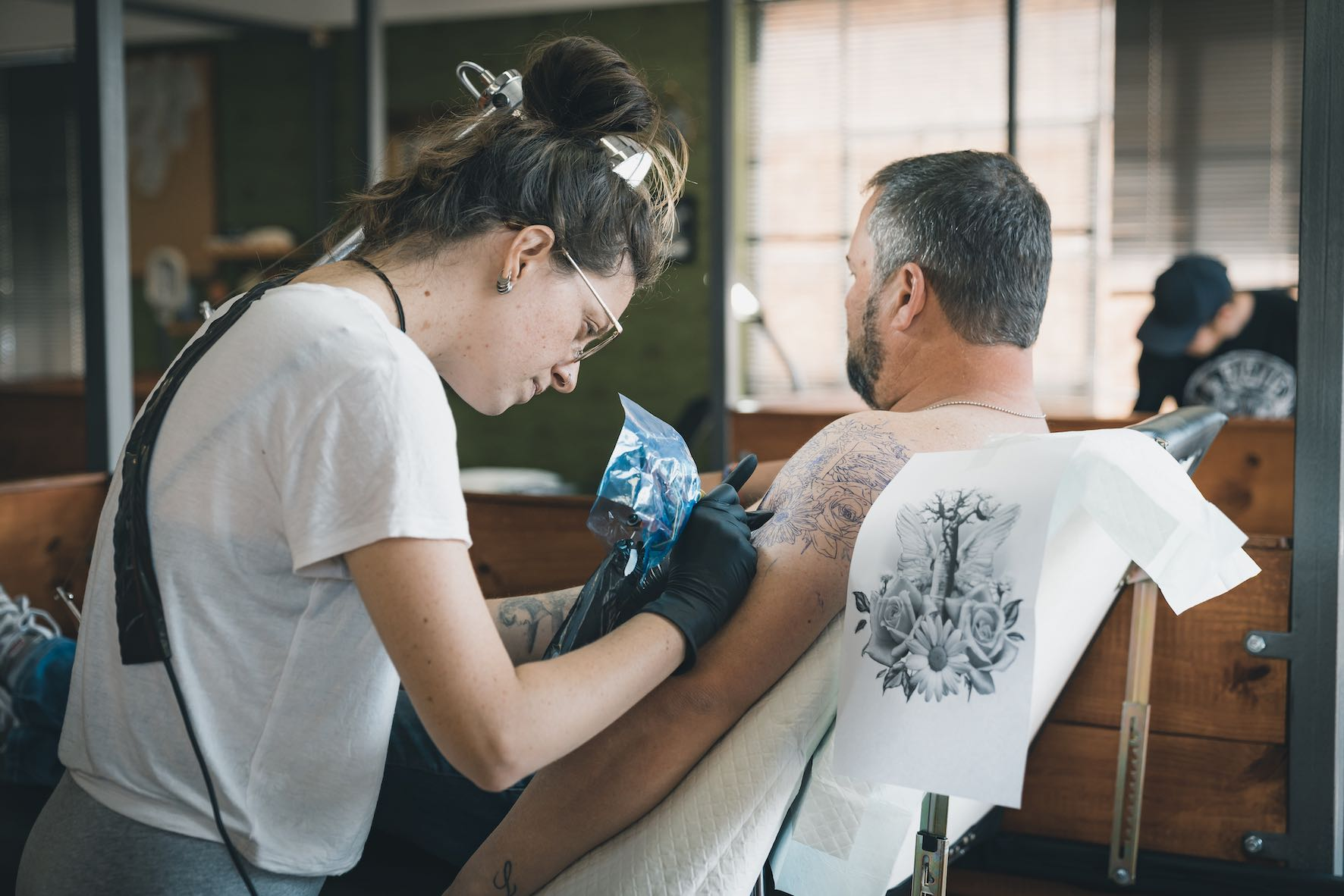 We talk tattoo and the tattoo industry with Séona Stewart