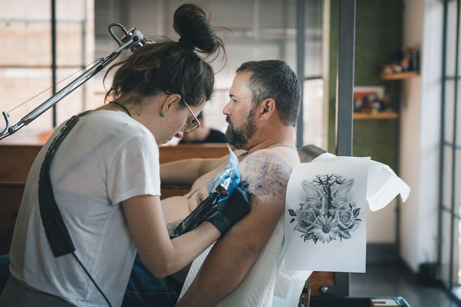 Get to know Tattoo Artist, Séona Stewart