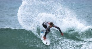 Mitch Du Preez surfing in the 2019 Sea Harvest South African Junior Surfing Championships