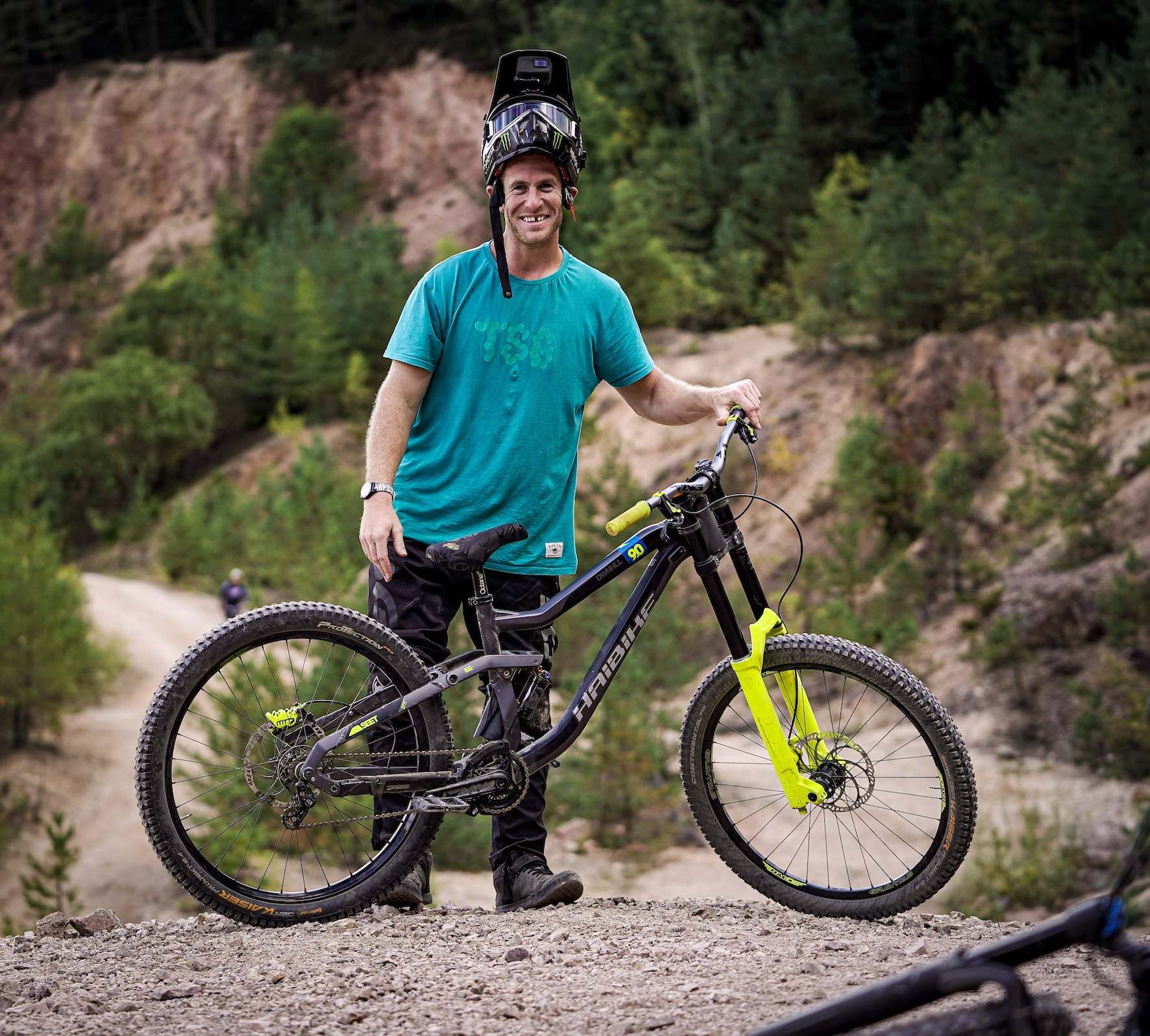 Sam Pilgrim's bike at the 2019 Audi Nines MTB event