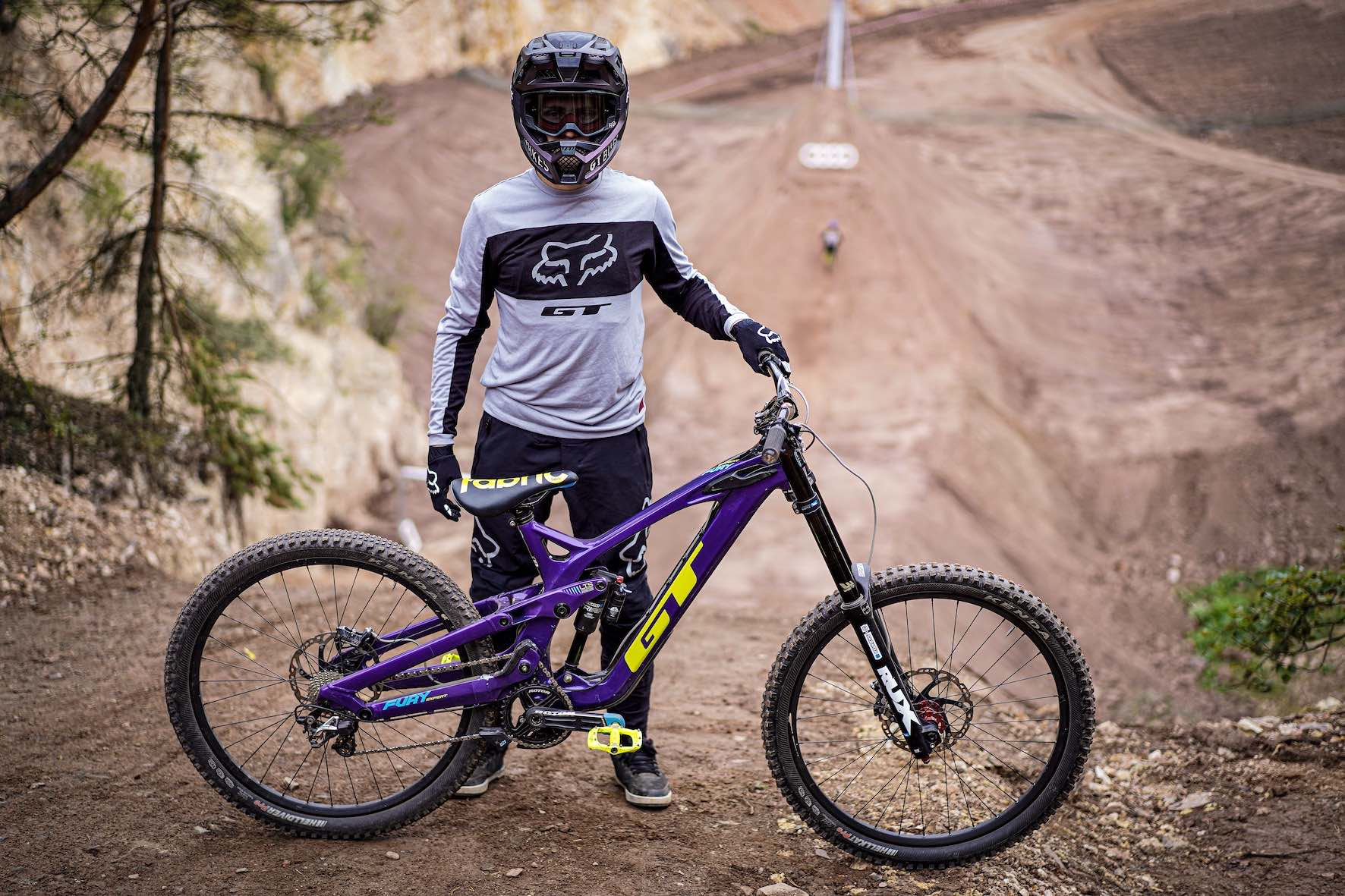 Tom Isted's bike at the 2019 Audi Nines MTB event