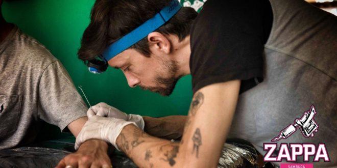 Tattoo Artist Max Eru