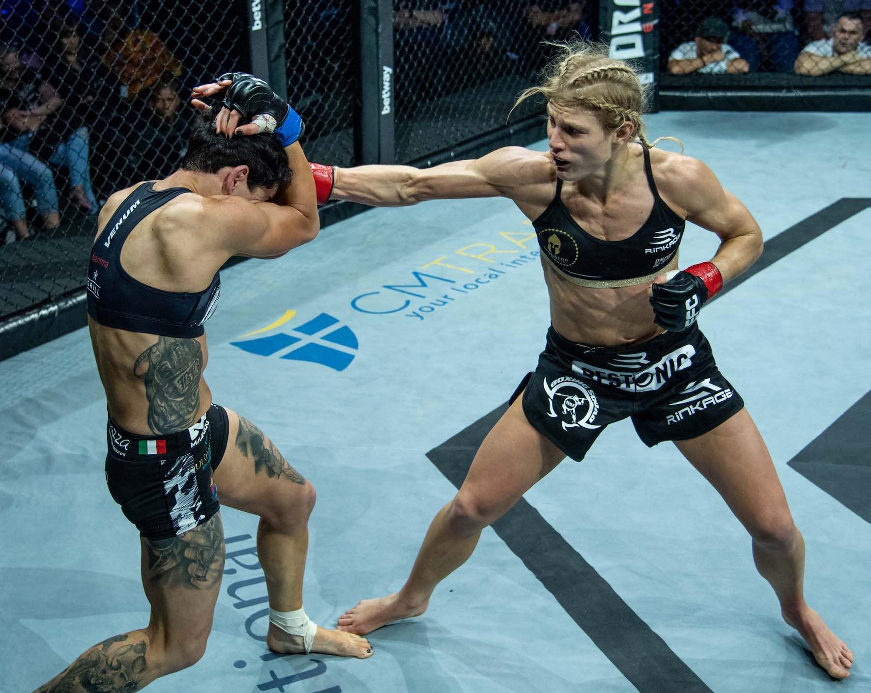 MMA Flyweight Tile Fight between Amanda Lino and Manon Fiorot