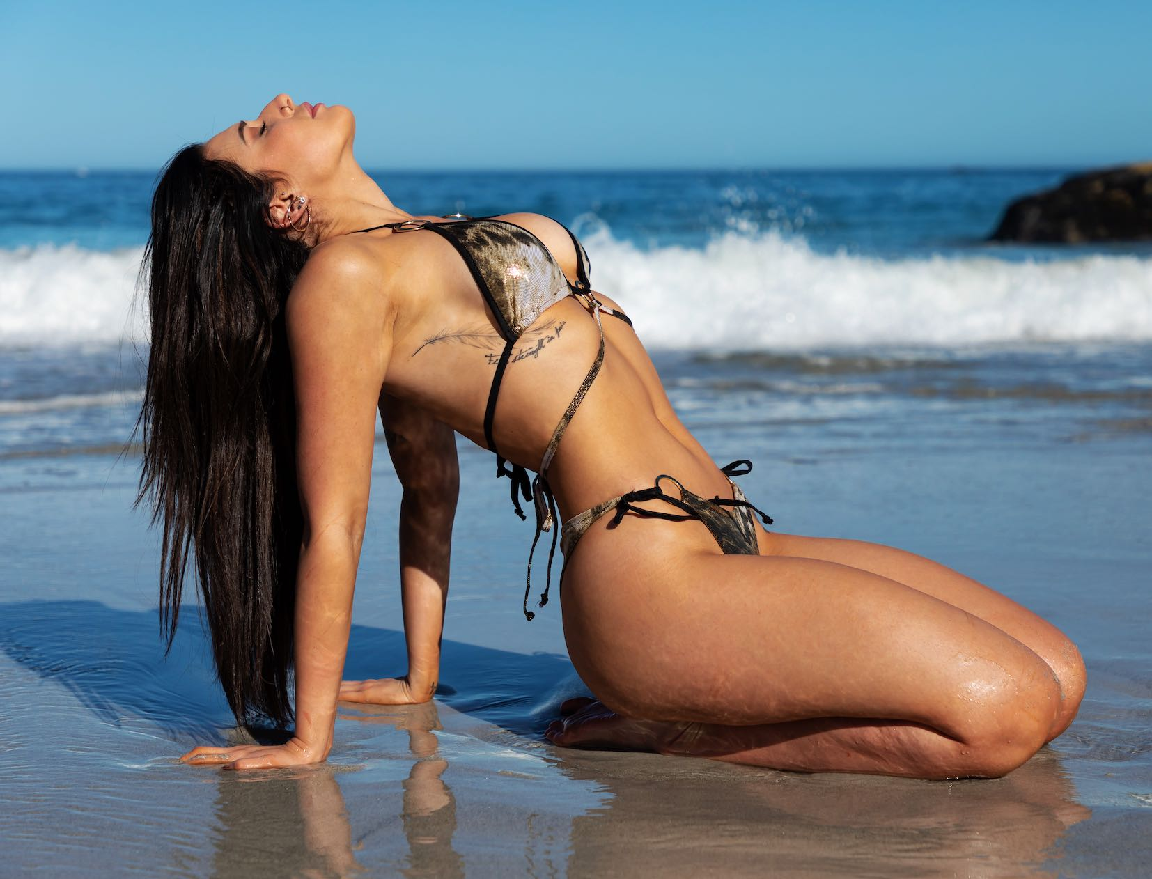 Meet Alice Orion as our LW Babe of the Week
