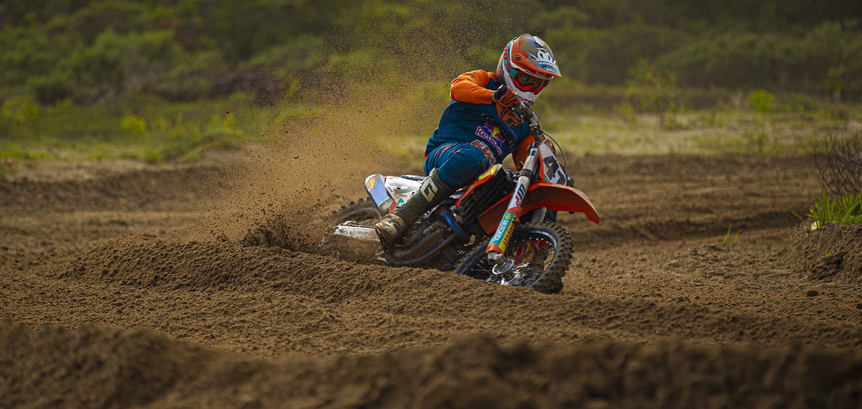 Tristan Purdon winning the MX1 class at Round 1 of the 2020 SA Motocross Nationals