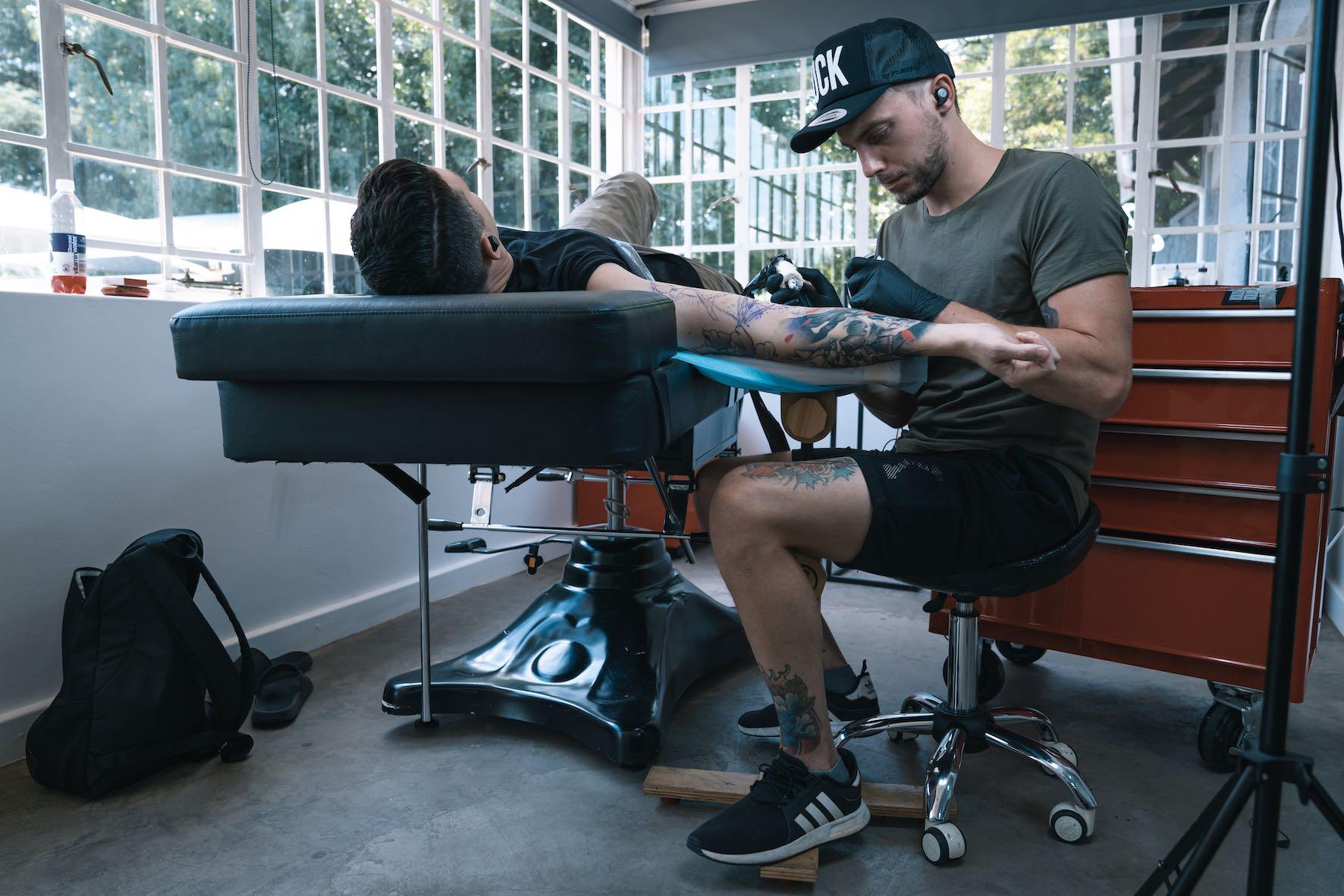 We interview Tattoo Artist Bryan Du Rand out of Fallen Heroes