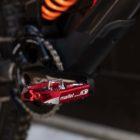 Greg Minnaar's New Santa Cruz V10 Downhill Mountain bike check feature