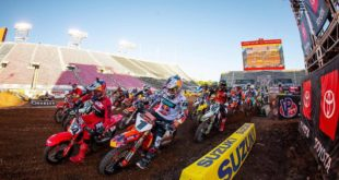Take a look at the 250 and 450 main event highlights from Round 14 of the 2020 Monster Energy Supercross from Salt Lake City.