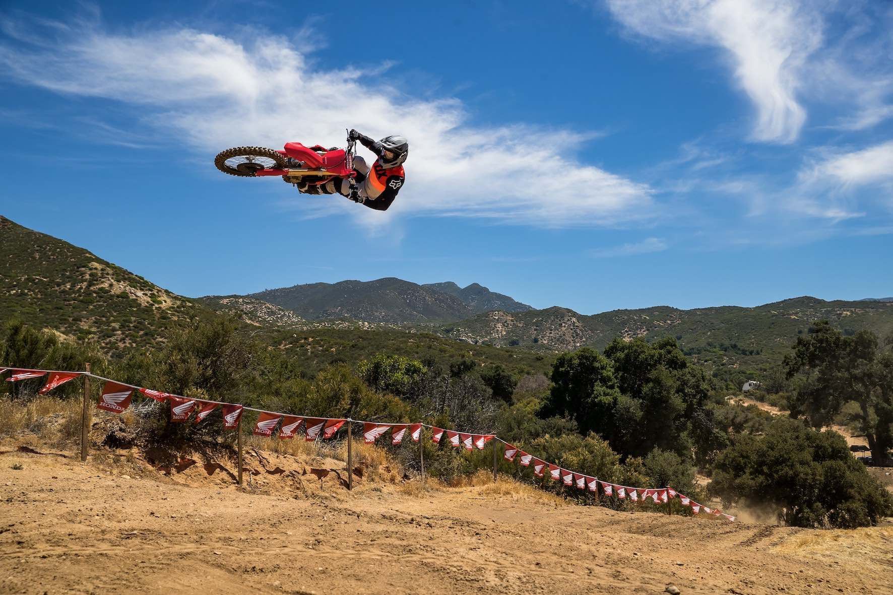 Riding the 2021 Honda CRF450R