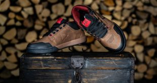 Leatt has launched the all-new signature Aaron Chase 3.0 shoe into its new range of MTB shoes.