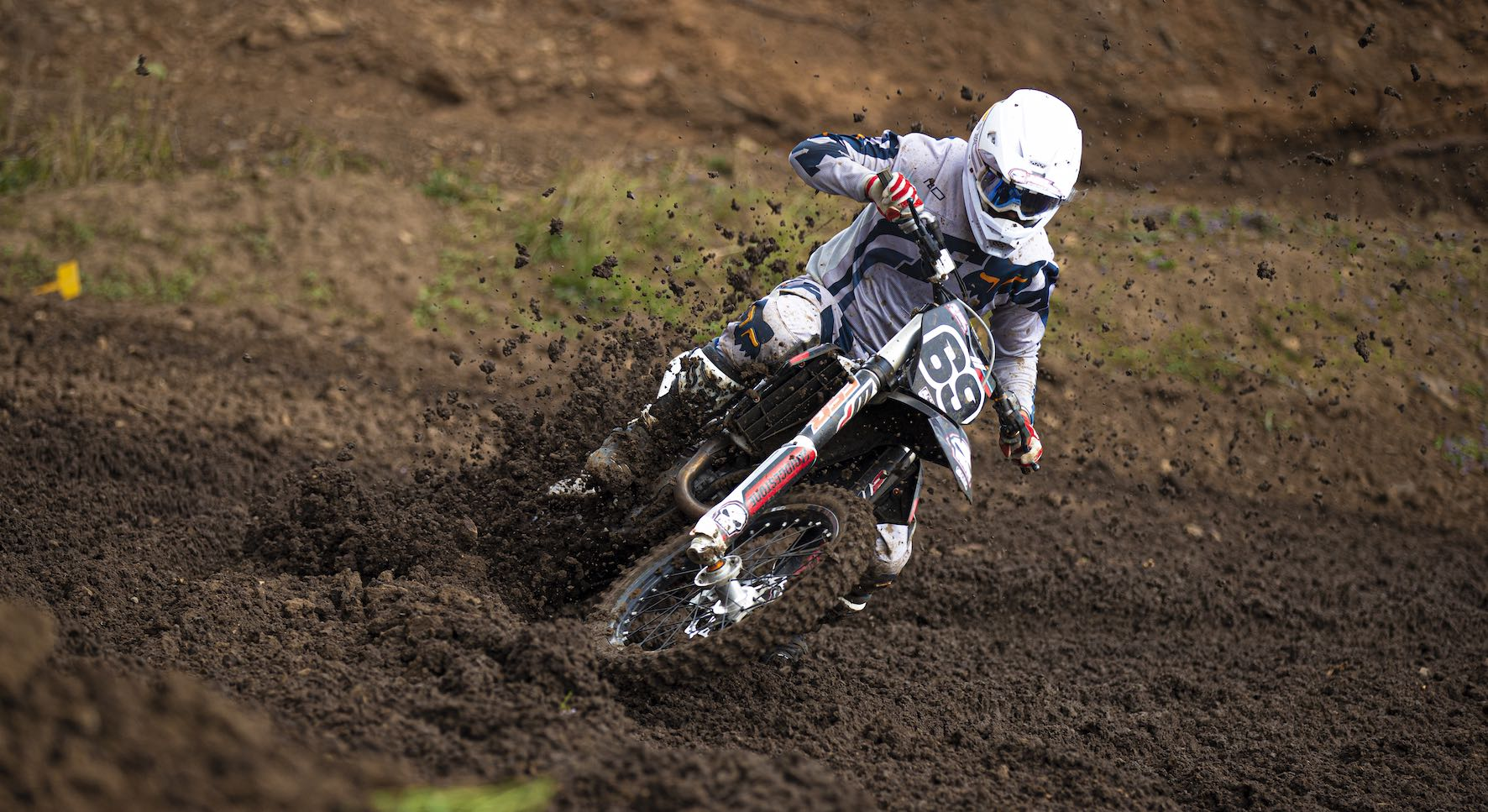Wyatt Avis racing in the Motocross Nationals at Thunder Valley