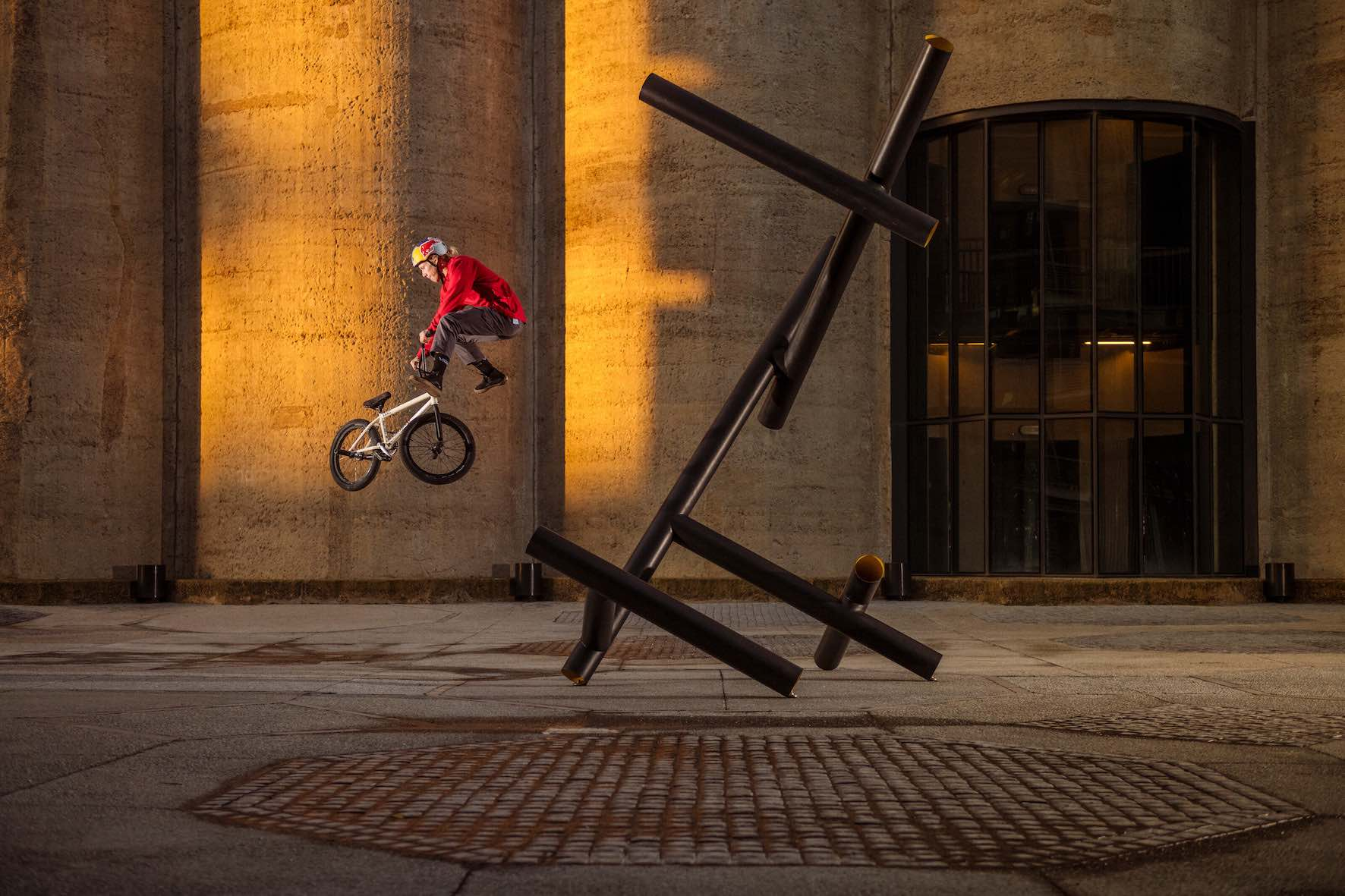 Murray Loubser performs a Switch Tailwhip off a Sculpture in Cape Town