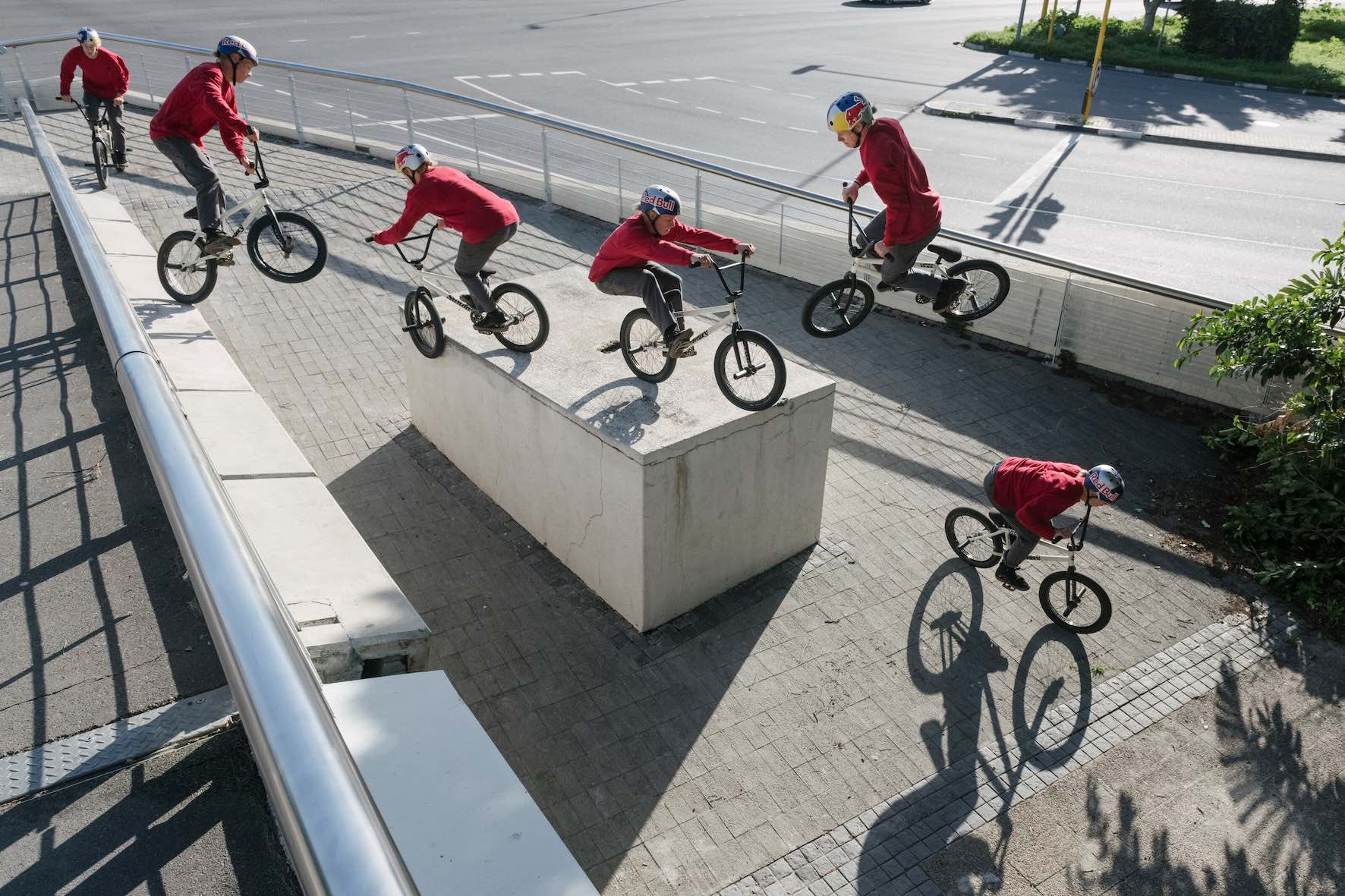 Murray Loubser performs a 180 Smith Half-Cab Manual 360 in Cape Town