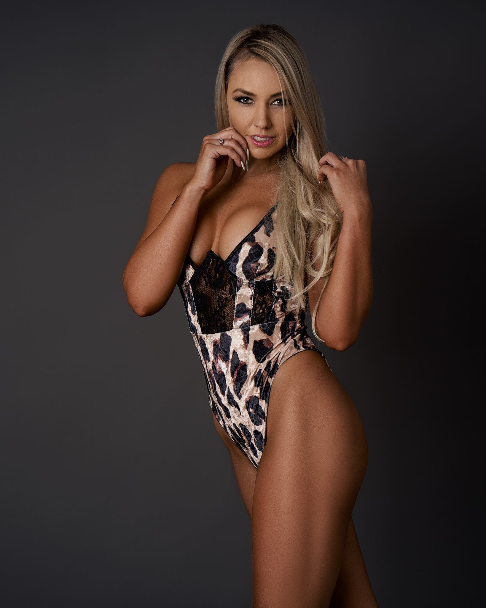 Our South African Babes feature with Farrah Rymer