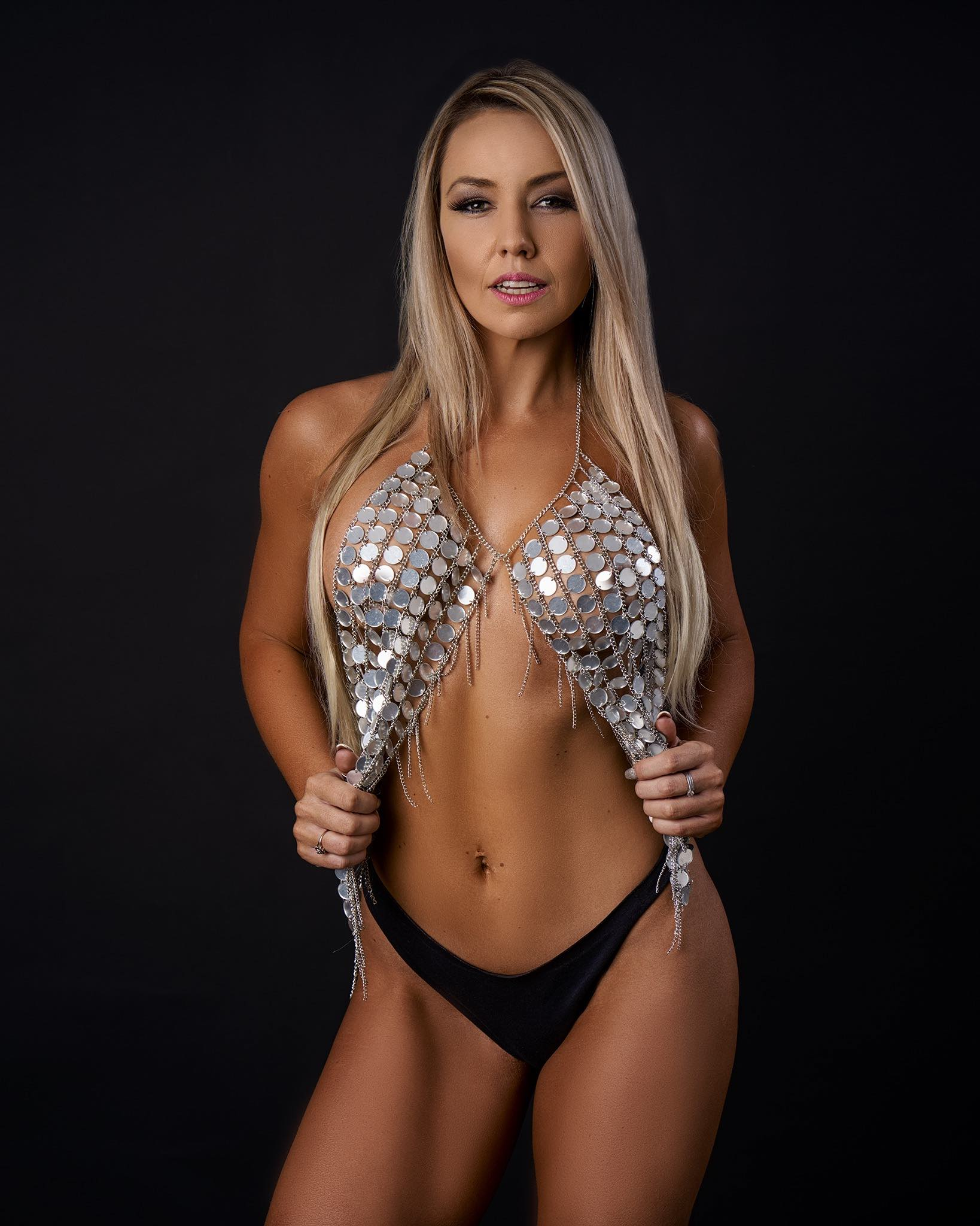 Our SA Babes feature with Farrah Rymer